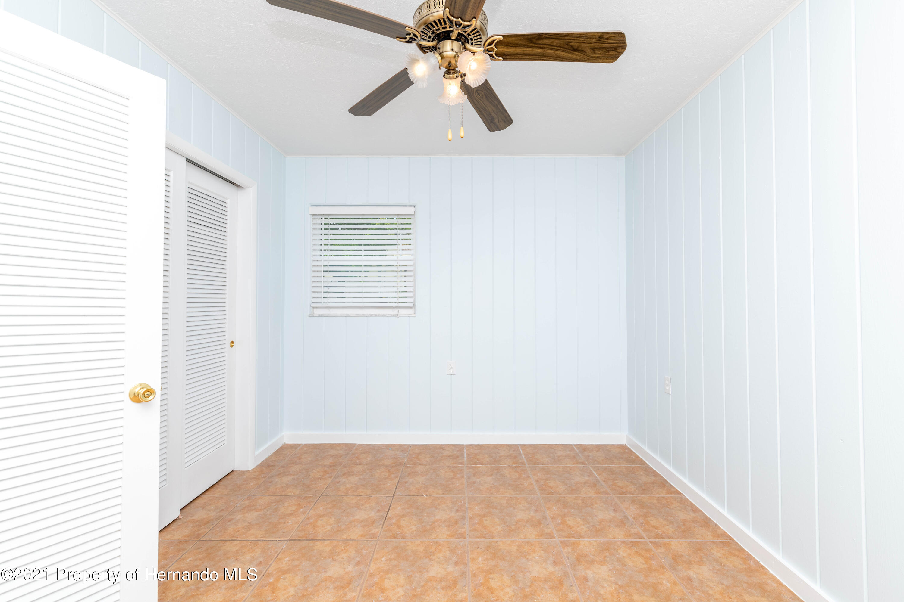 Listing photo id 16 for 3484 Eagle Nest Drive