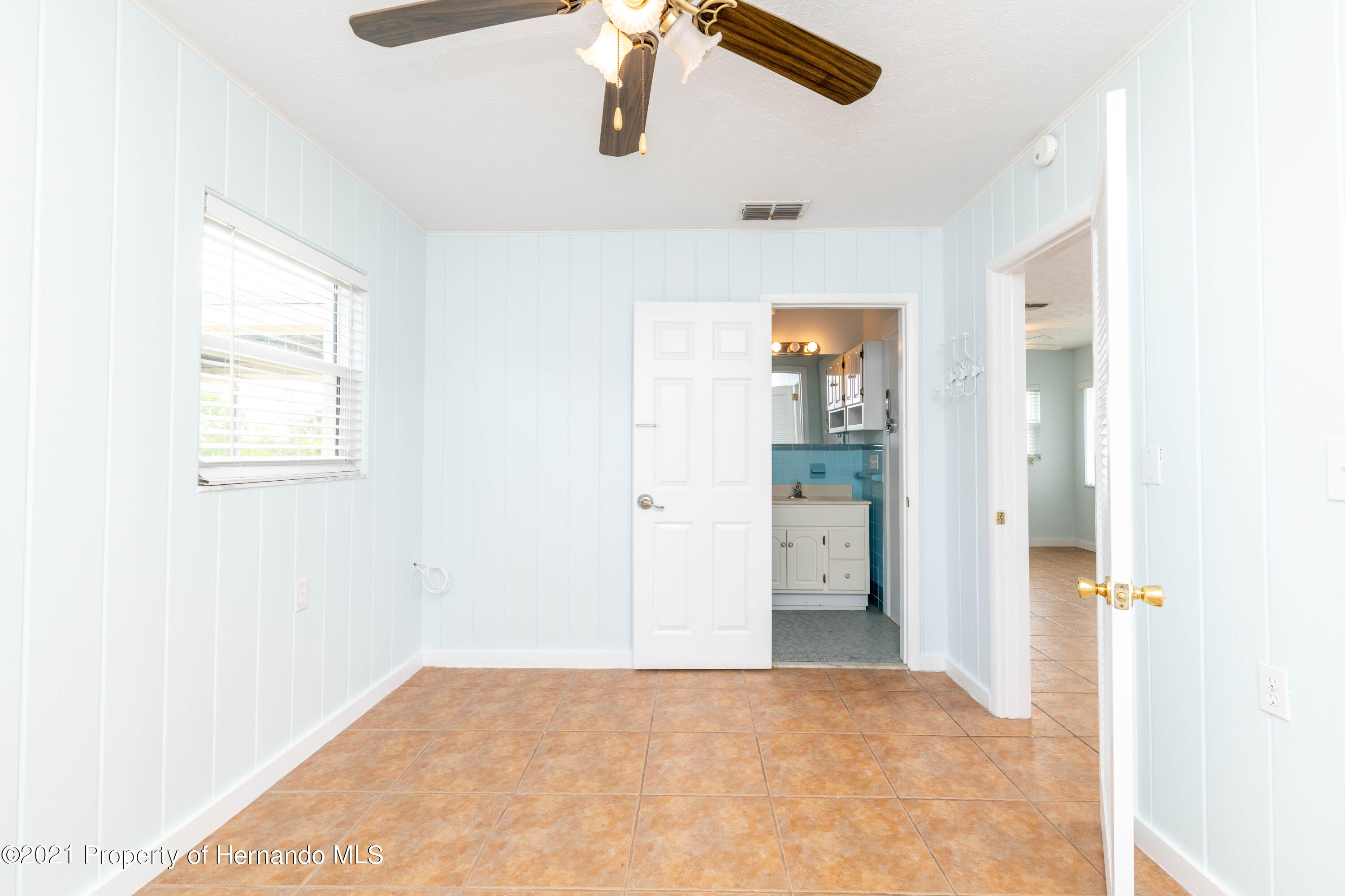 Listing photo id 19 for 3484 Eagle Nest Drive