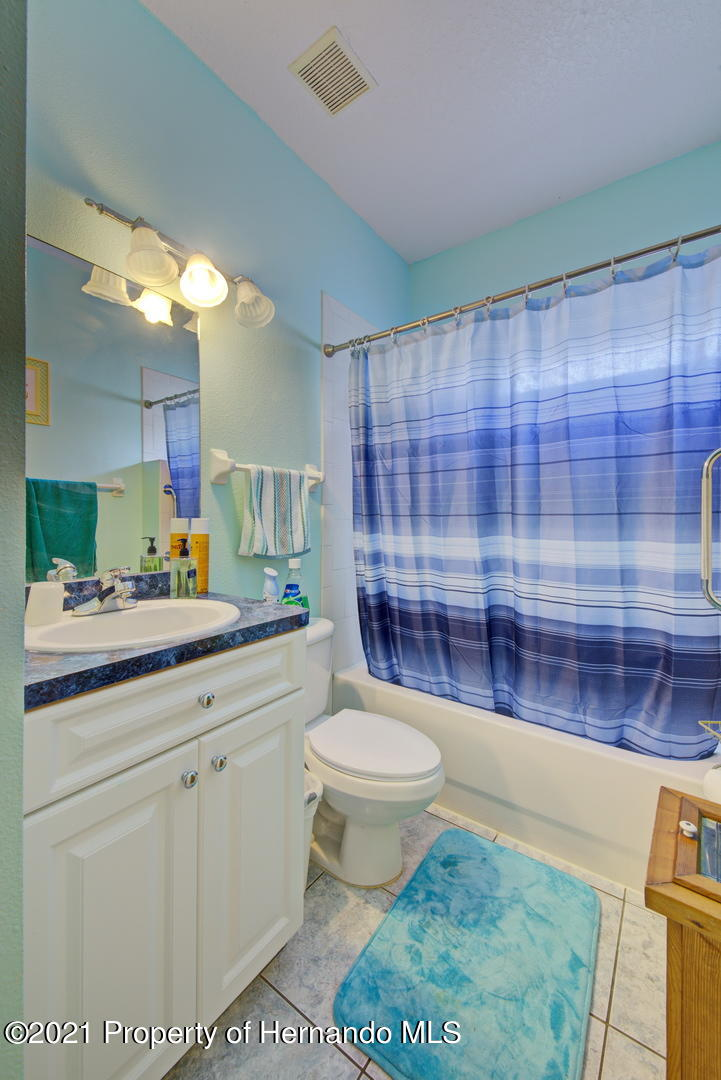 Listing photo id 26 for 6089 Mountain Way Avenue