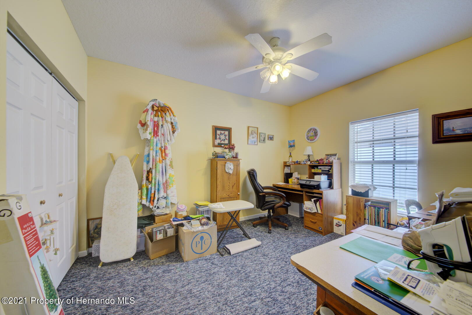 Listing photo id 29 for 6089 Mountain Way Avenue