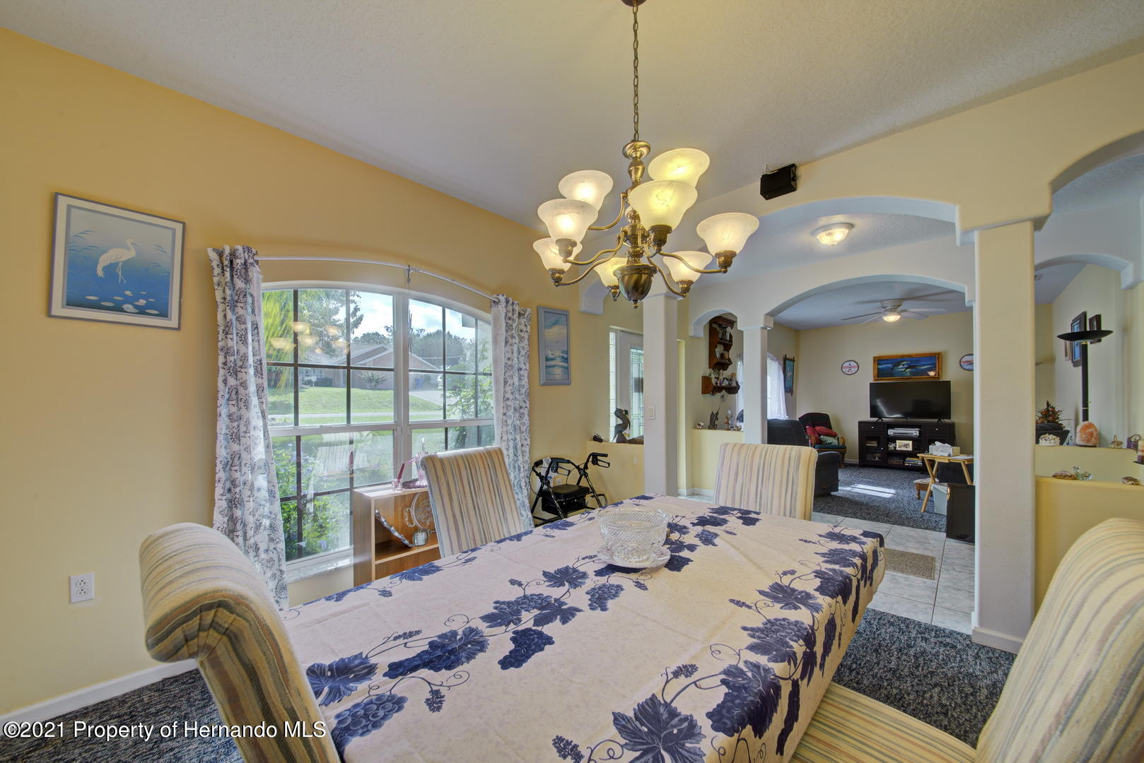 Listing photo id 8 for 6089 Mountain Way Avenue