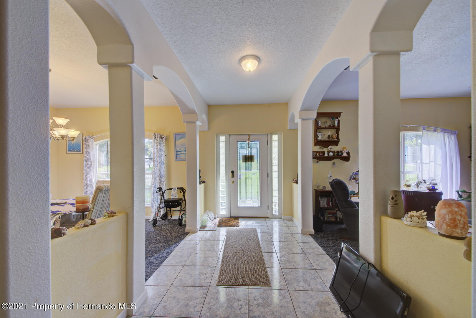 Listing photo id 12 for 6089 Mountain Way Avenue
