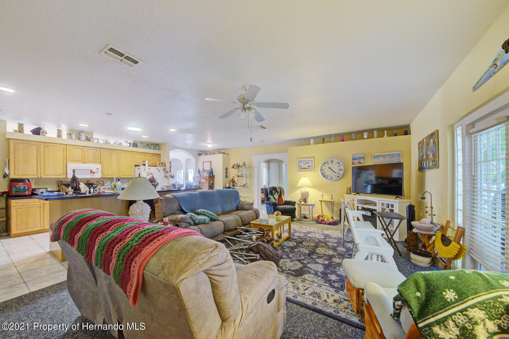Listing photo id 21 for 6089 Mountain Way Avenue