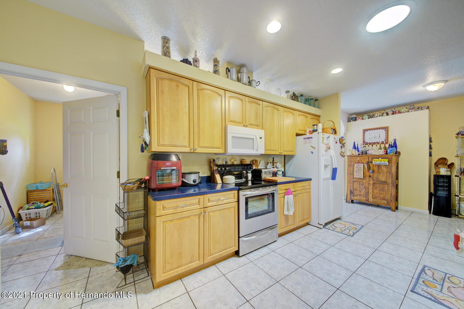 Listing photo id 19 for 6089 Mountain Way Avenue