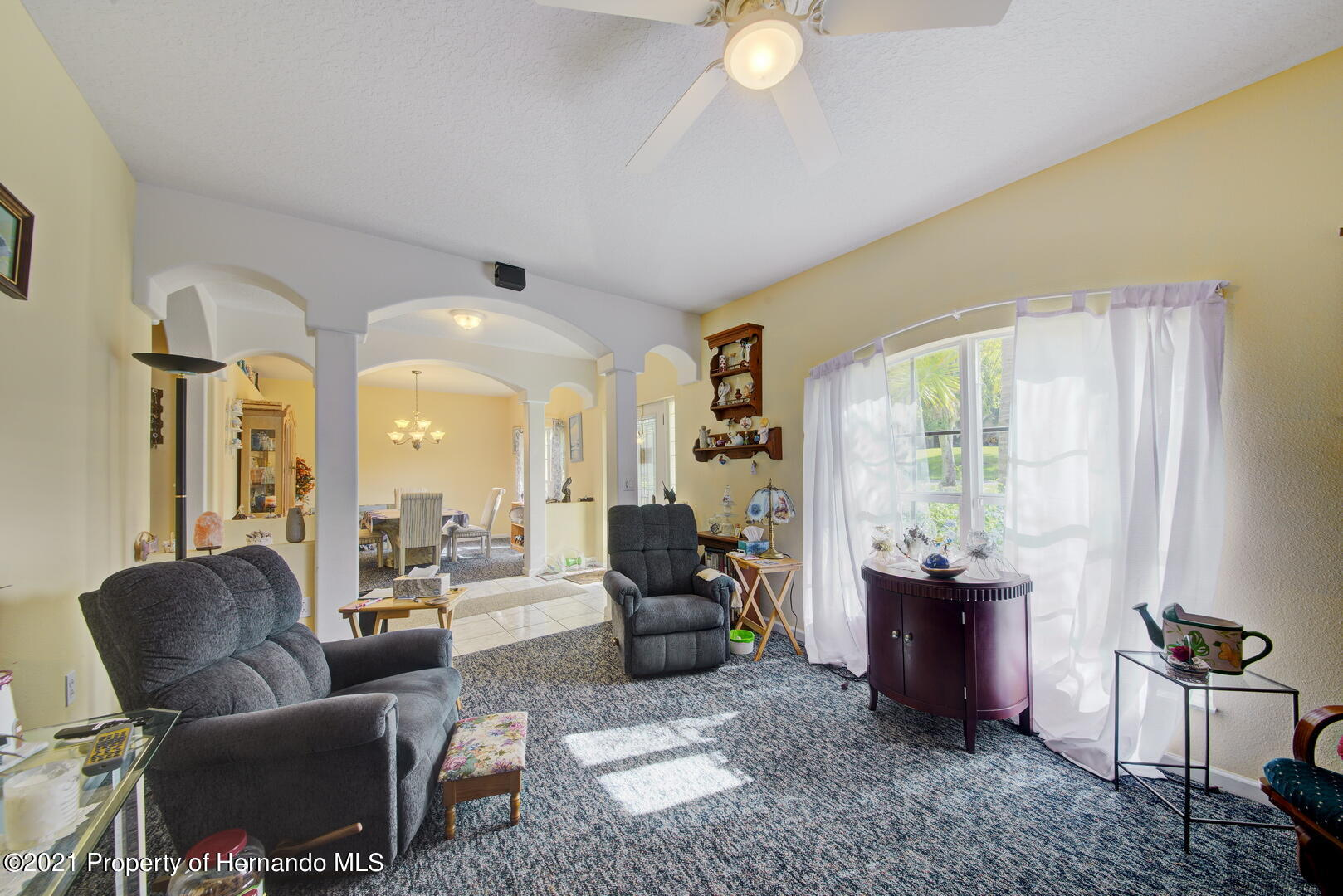 Listing photo id 15 for 6089 Mountain Way Avenue