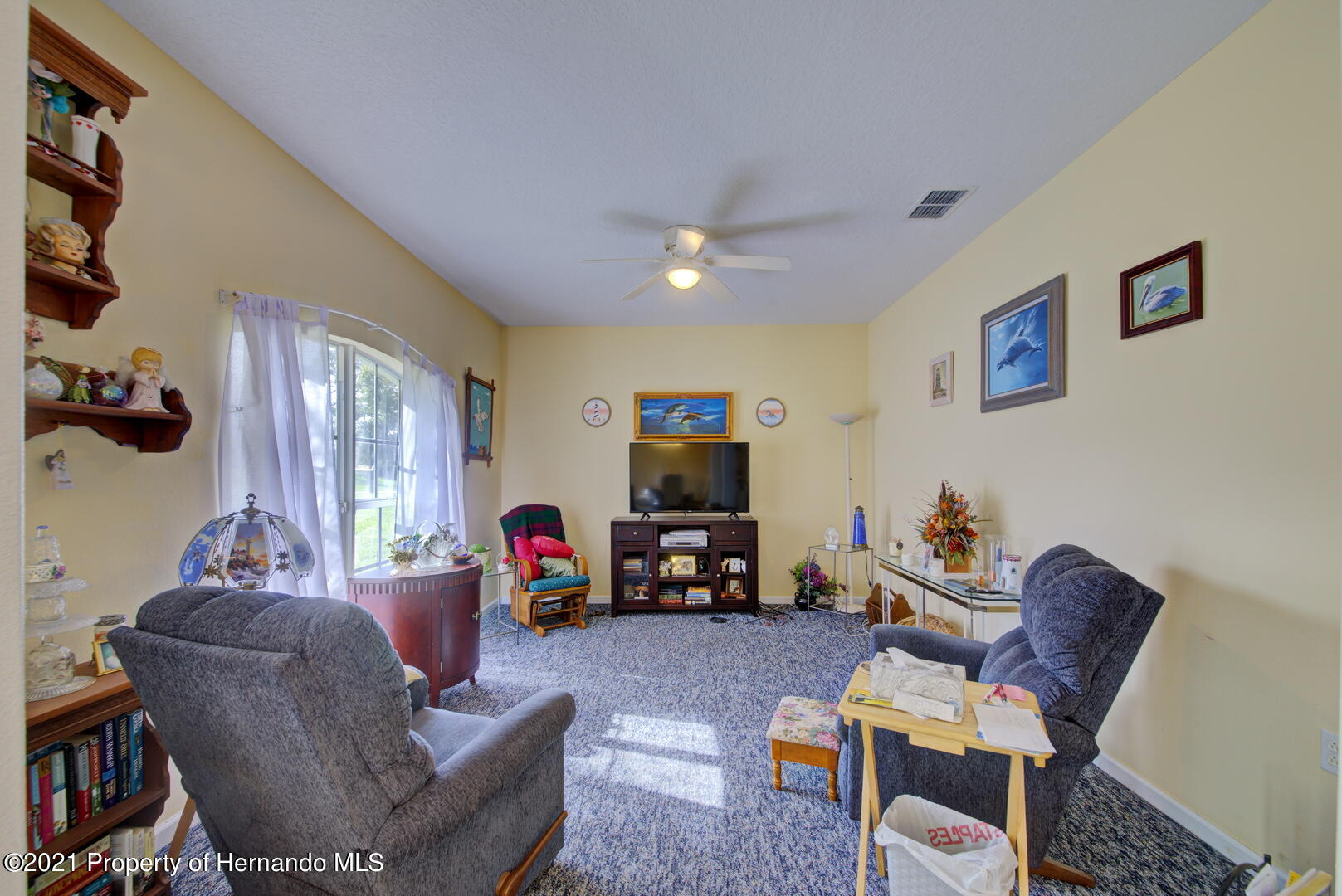 Listing photo id 14 for 6089 Mountain Way Avenue