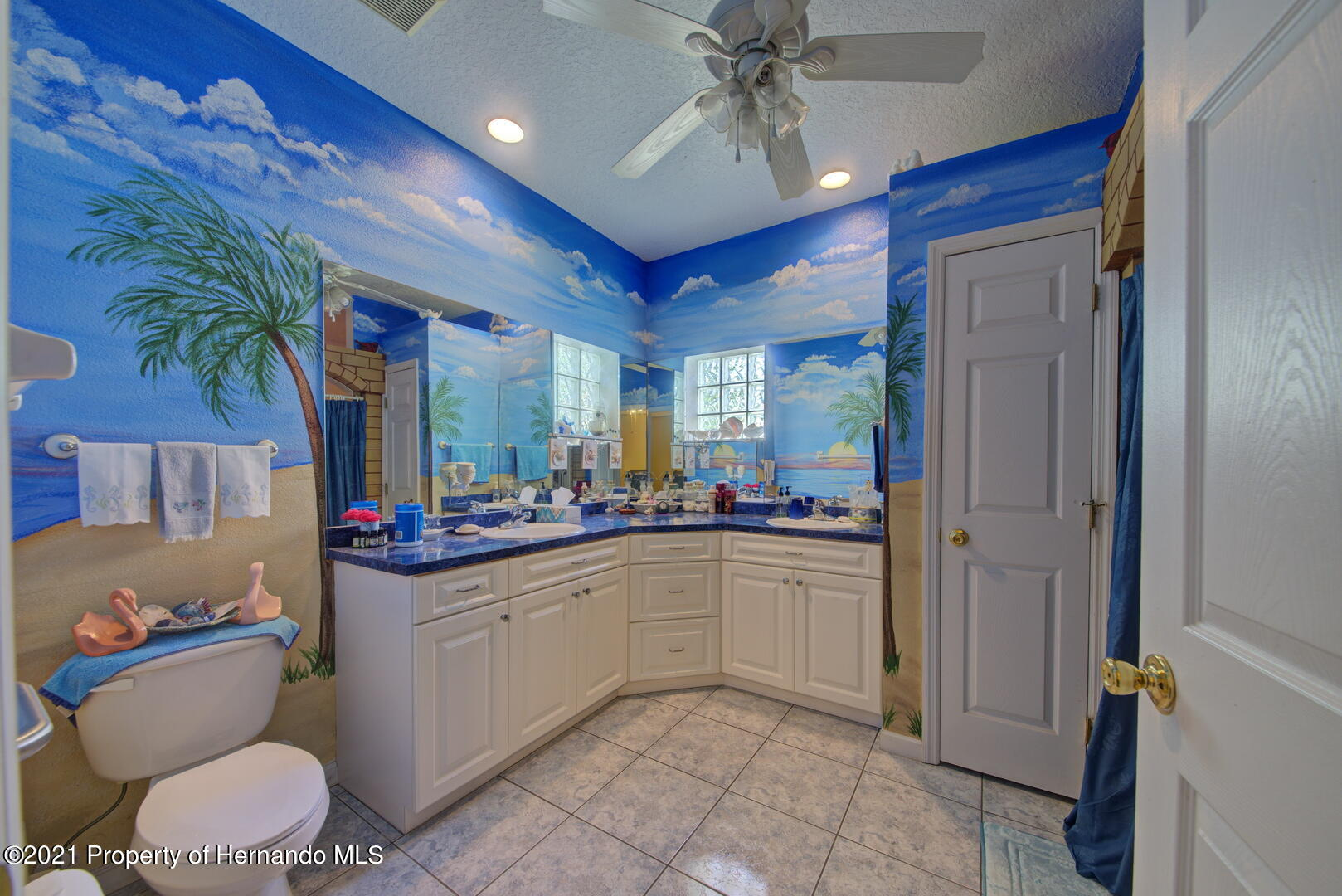 Listing photo id 22 for 6089 Mountain Way Avenue