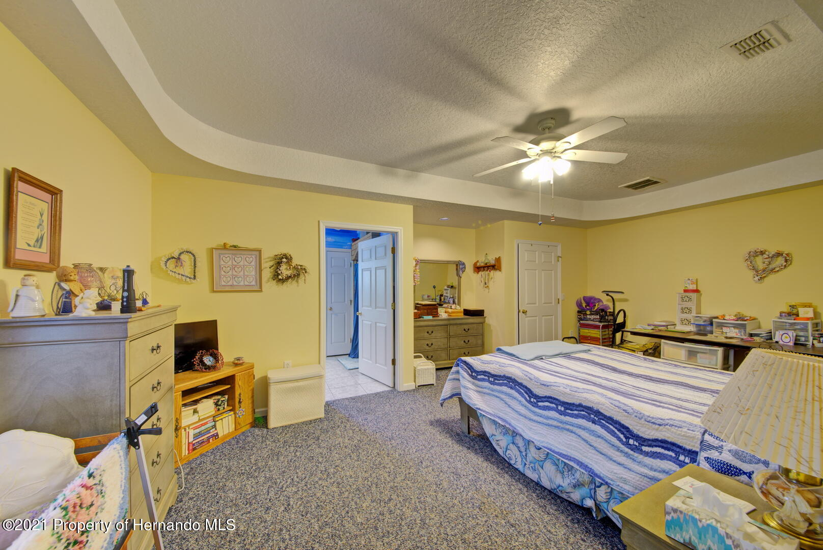Listing photo id 24 for 6089 Mountain Way Avenue
