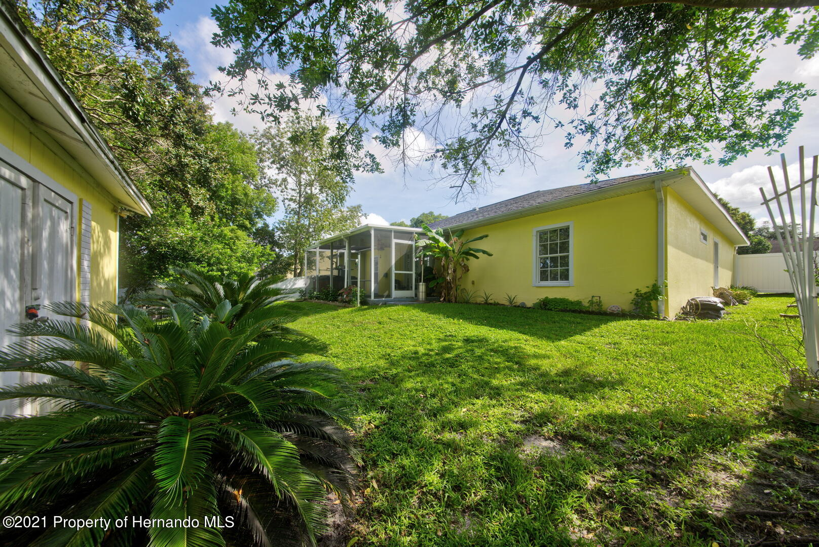 Listing photo id 36 for 6089 Mountain Way Avenue