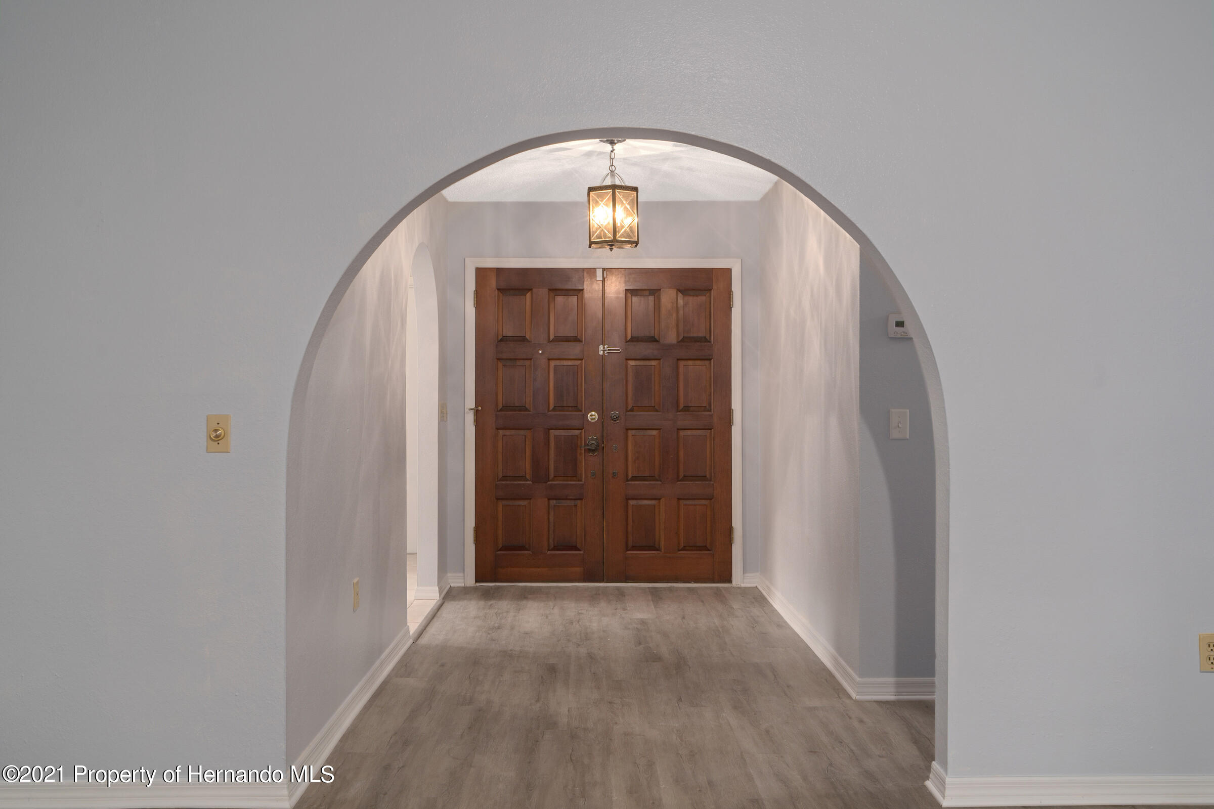 Listing photo id 7 for 1548 Meadow Lark Road