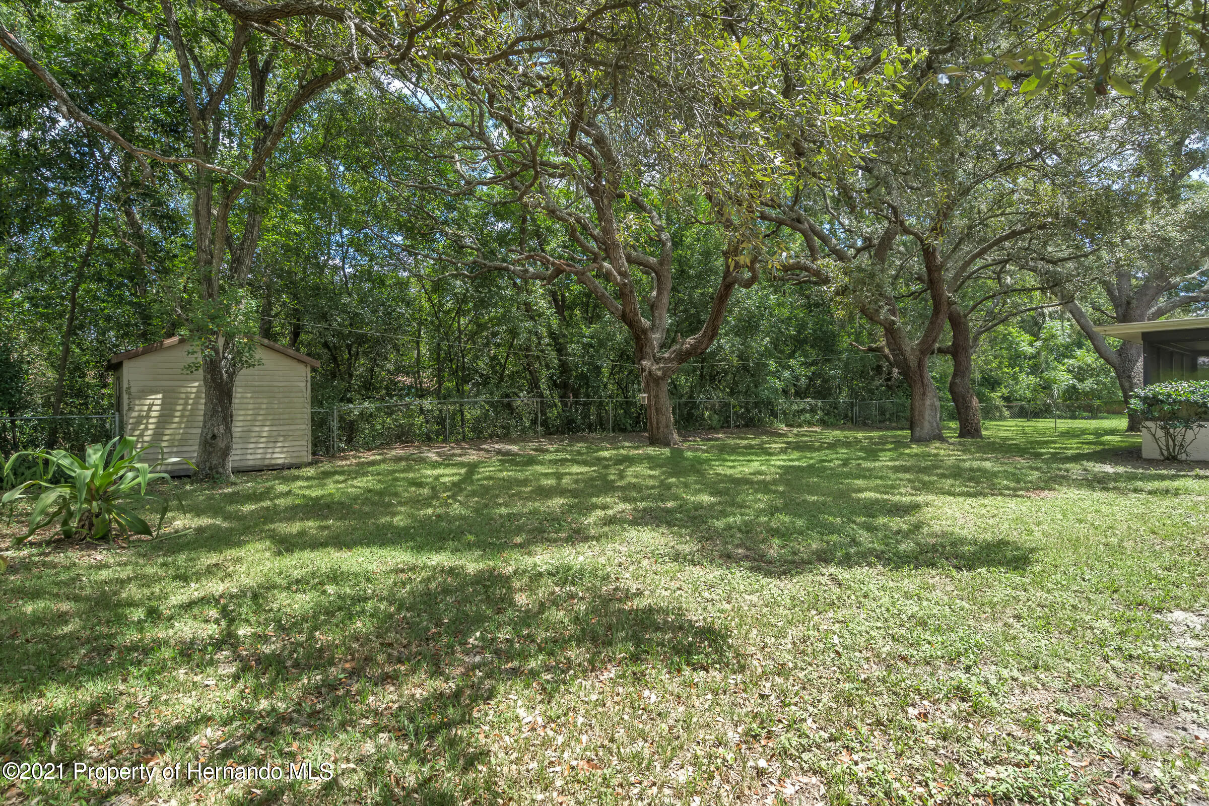 Listing photo id 26 for 1548 Meadow Lark Road