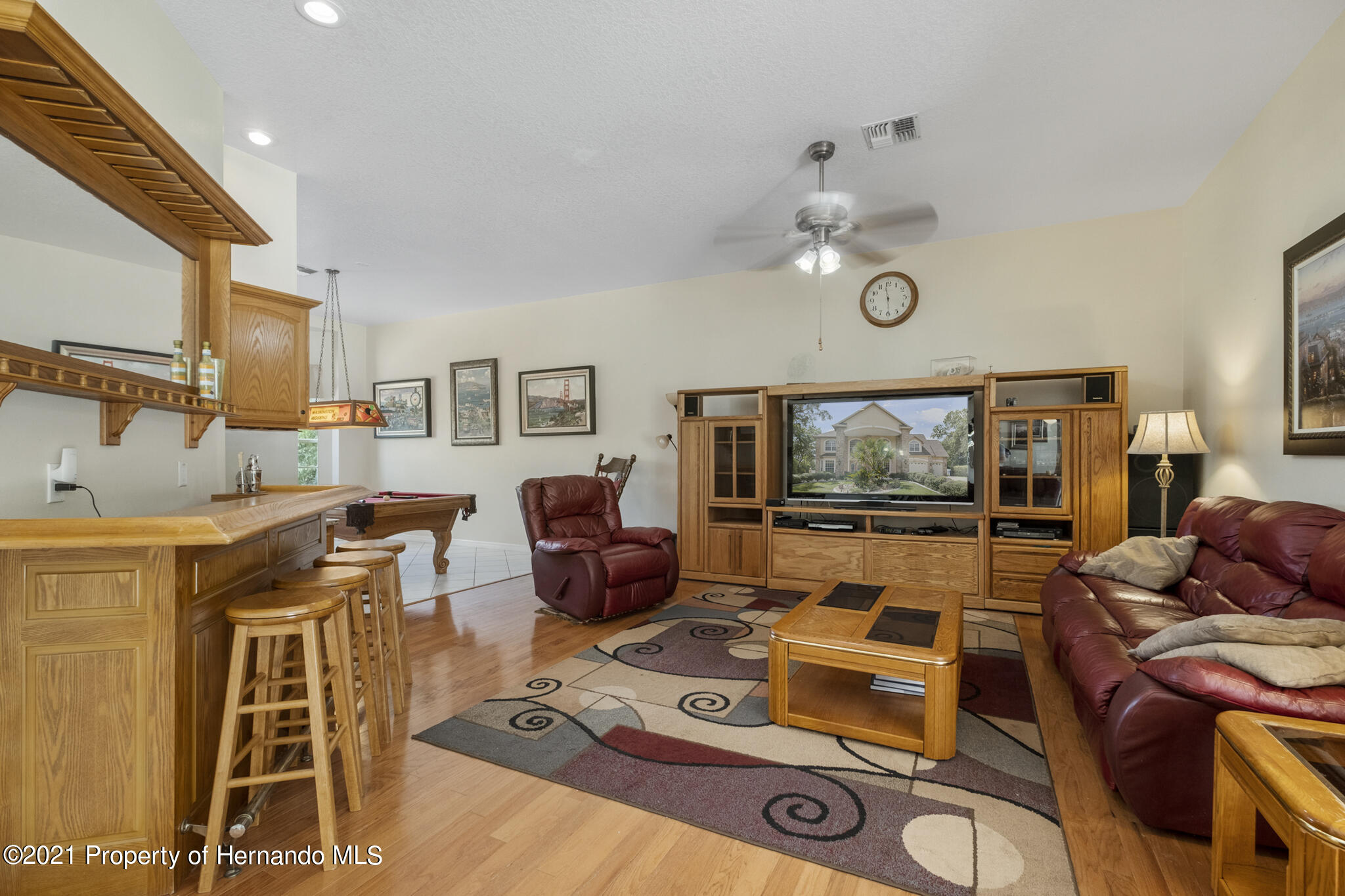 Listing photo id 13 for 12224 Fillmore Street