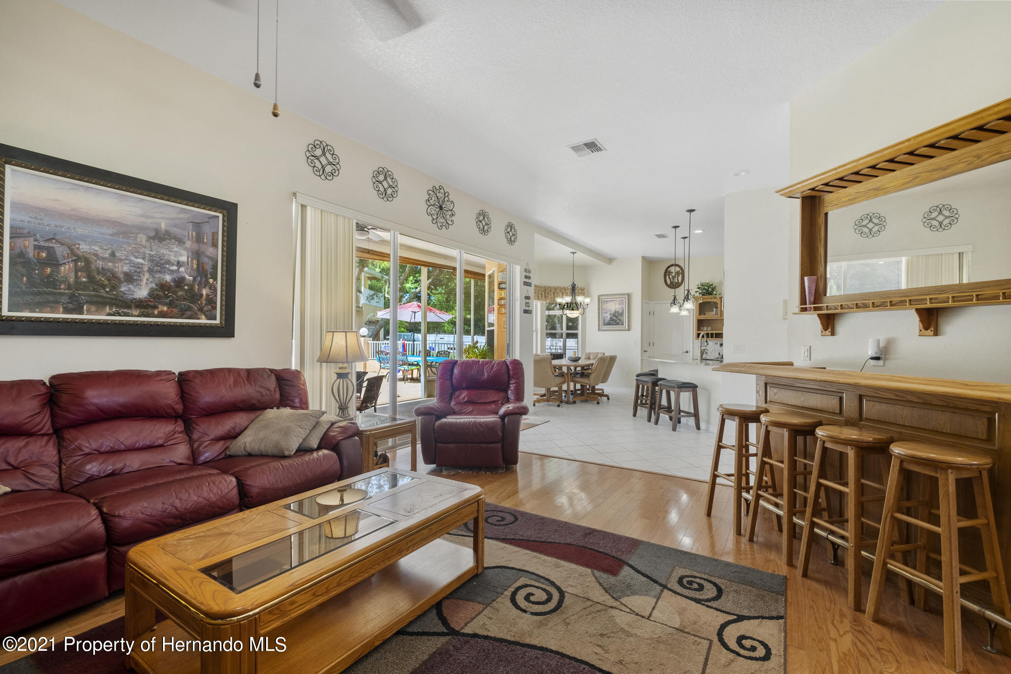 Listing photo id 15 for 12224 Fillmore Street