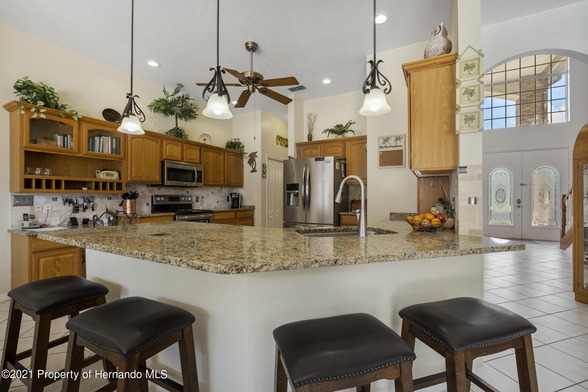 Listing photo id 9 for 12224 Fillmore Street