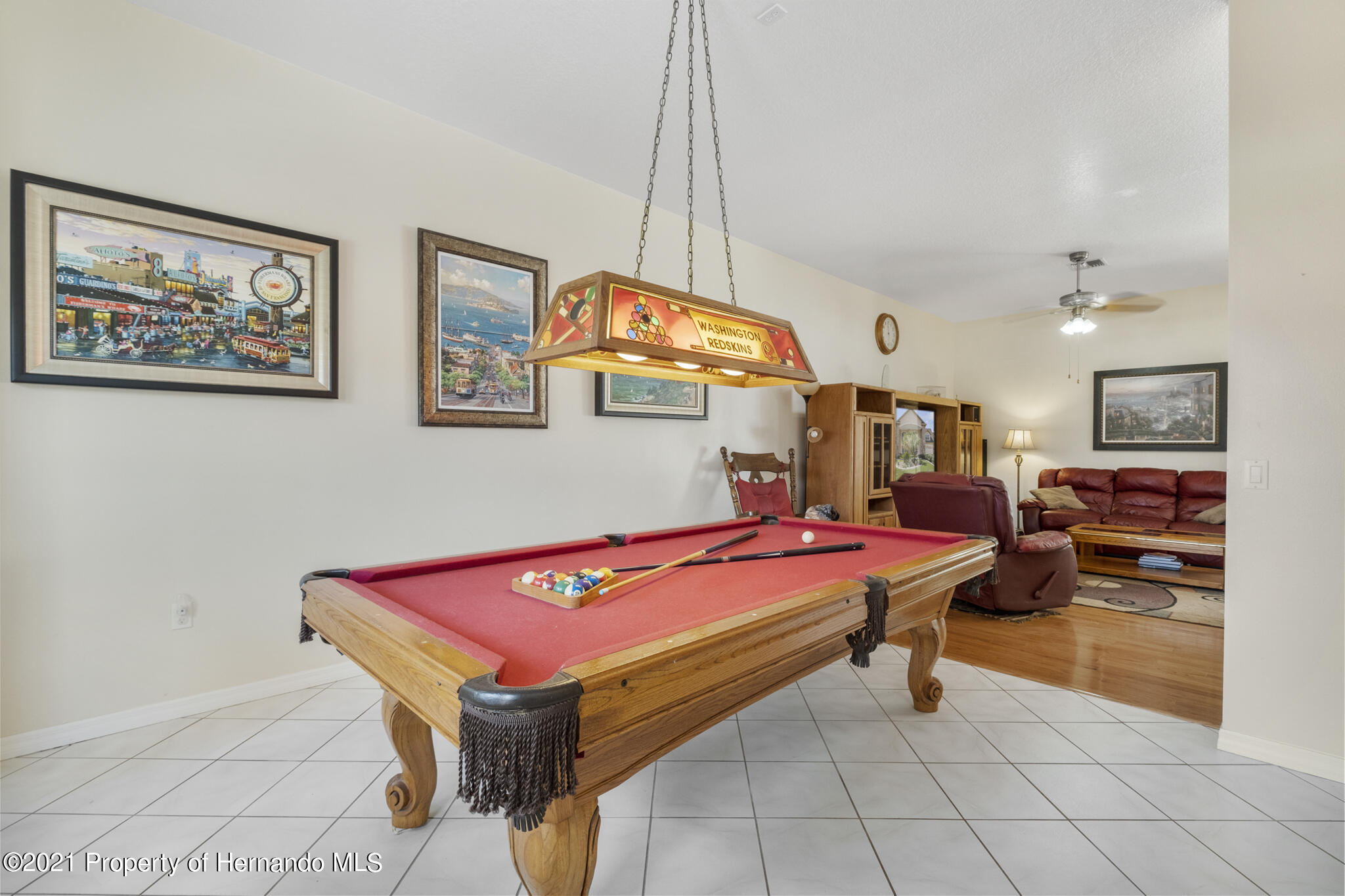 Listing photo id 16 for 12224 Fillmore Street