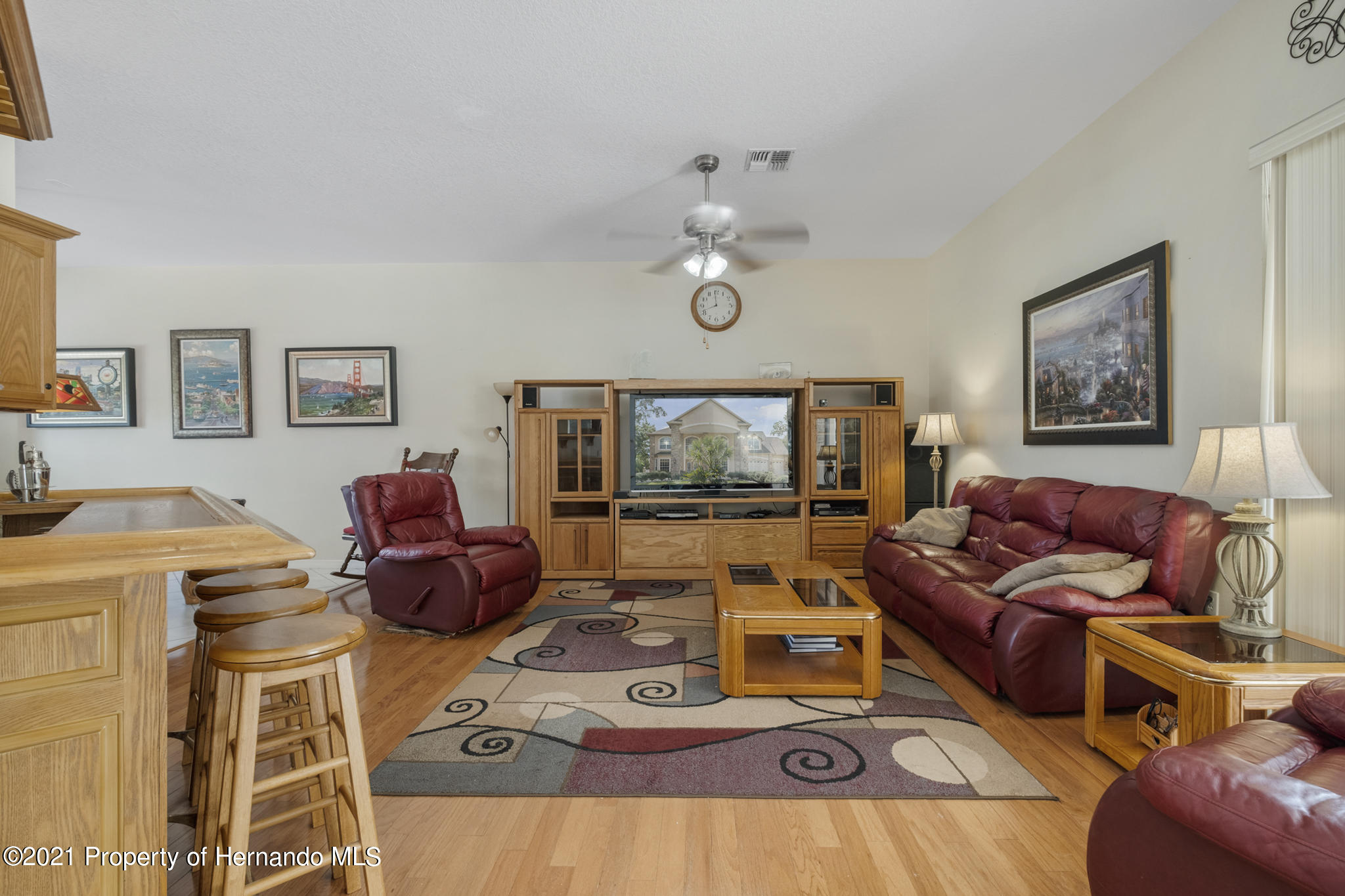 Listing photo id 14 for 12224 Fillmore Street