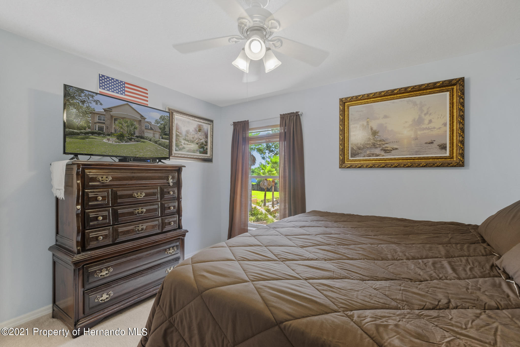 Listing photo id 33 for 12224 Fillmore Street
