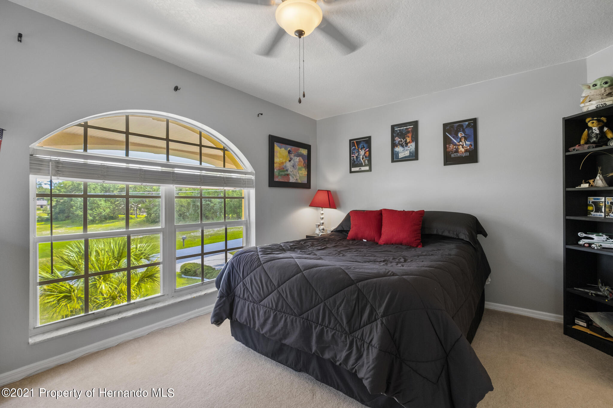 Listing photo id 34 for 12224 Fillmore Street