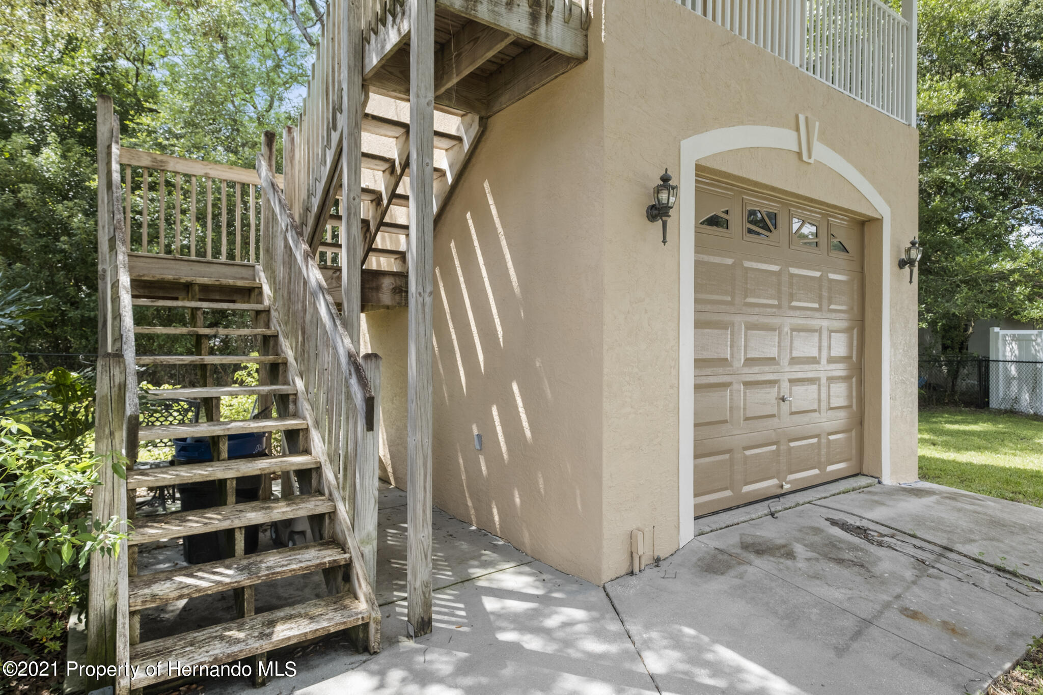 Listing photo id 54 for 12224 Fillmore Street