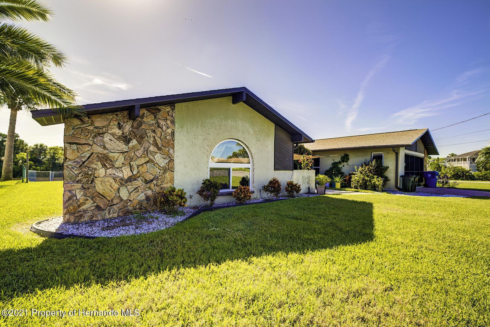 Image 5 For 4109 Gulf Coast Drive