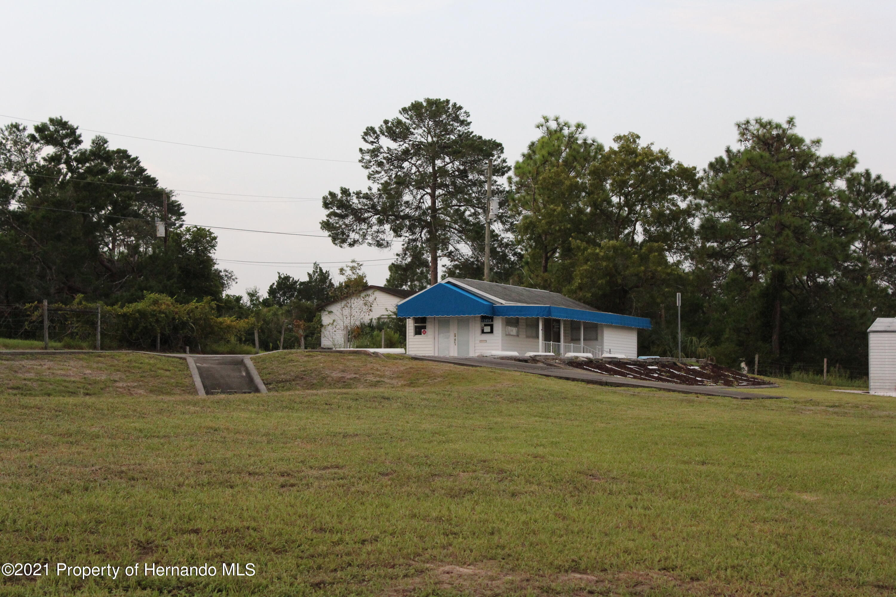 Details for 13454 Twin Dolphin Drive, Brooksville, FL 34609