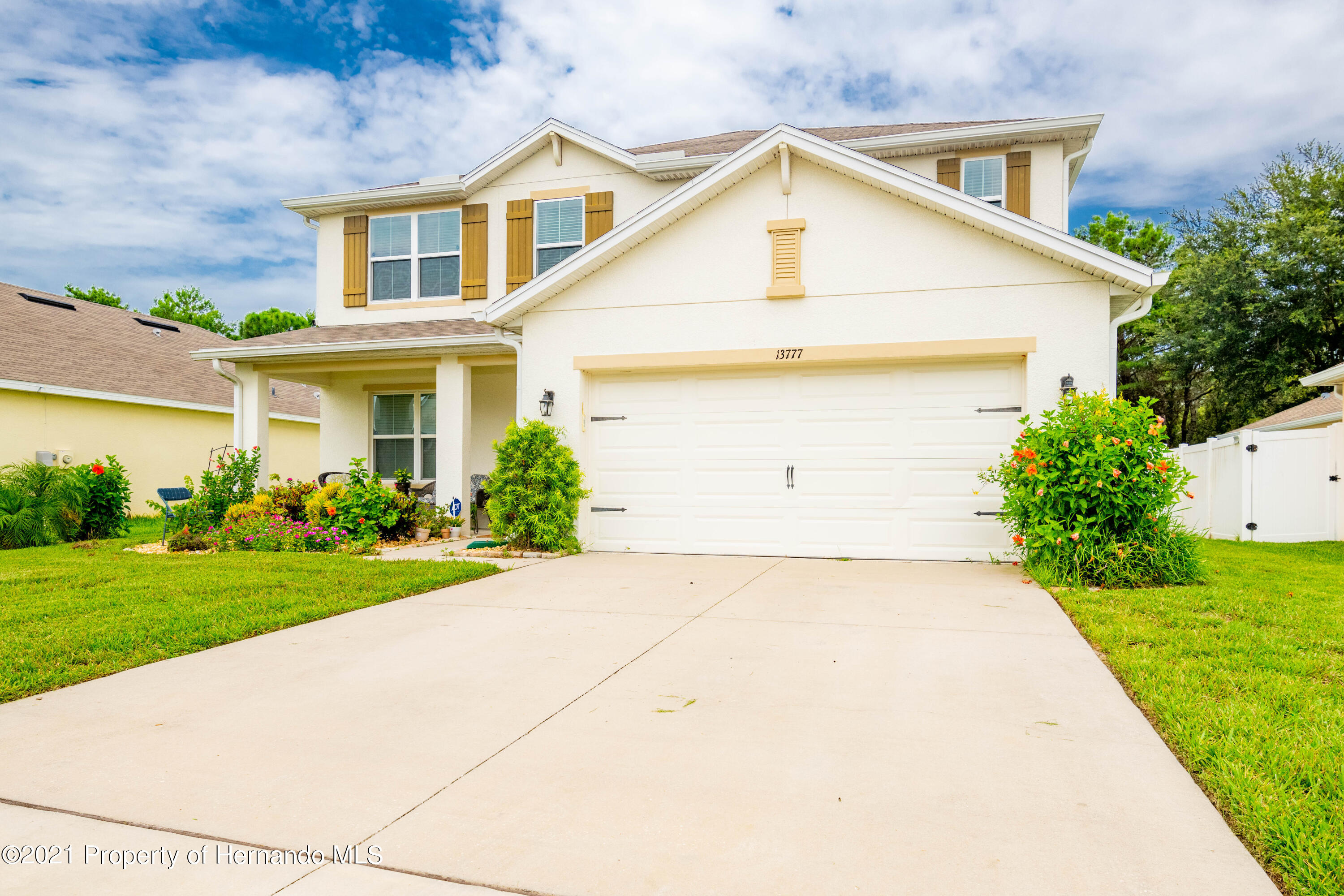 Listing photo id 20 for 13777 Covey Run Place