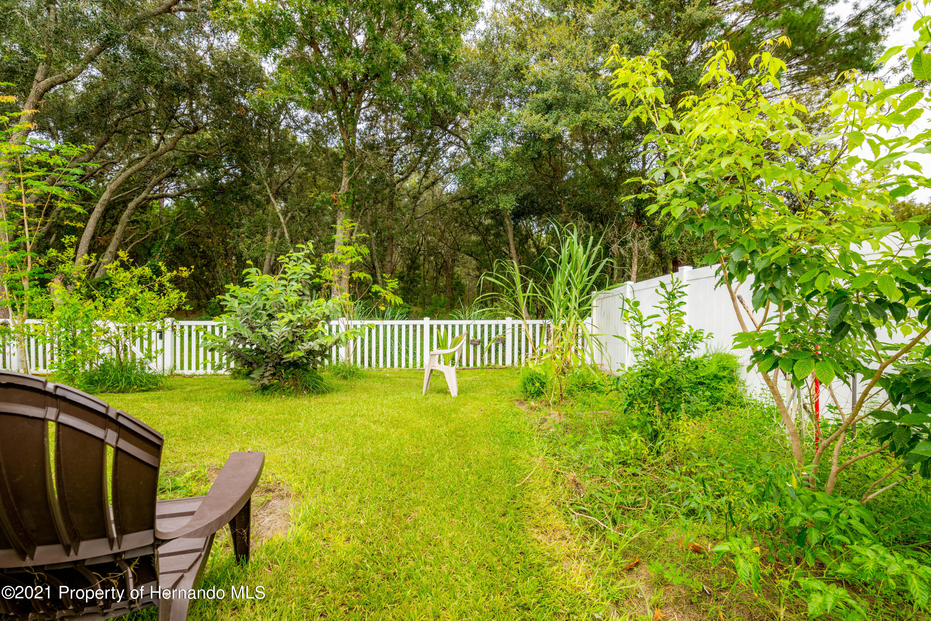 Listing photo id 2 for 13777 Covey Run Place