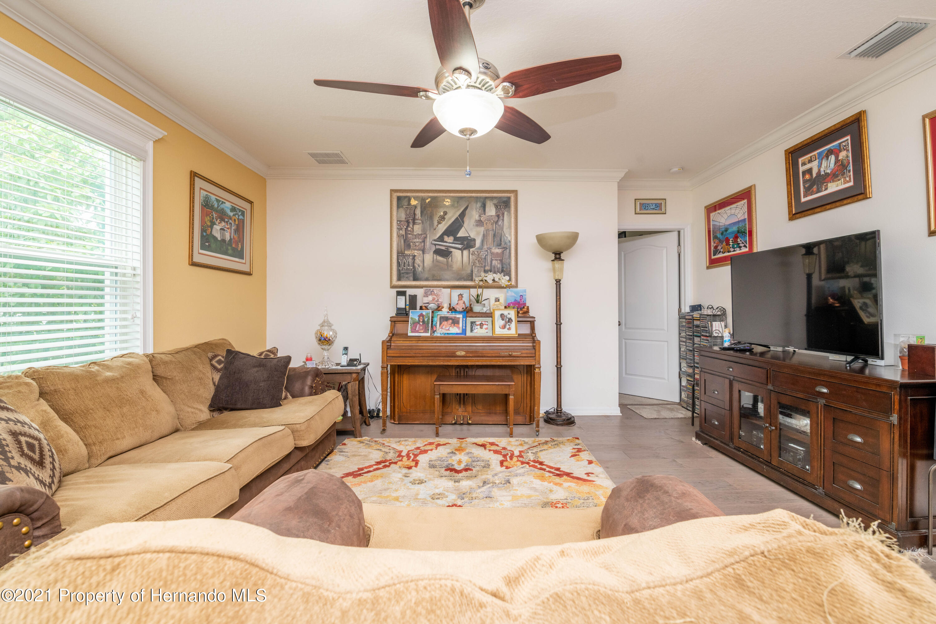 Listing photo id 12 for 13777 Covey Run Place