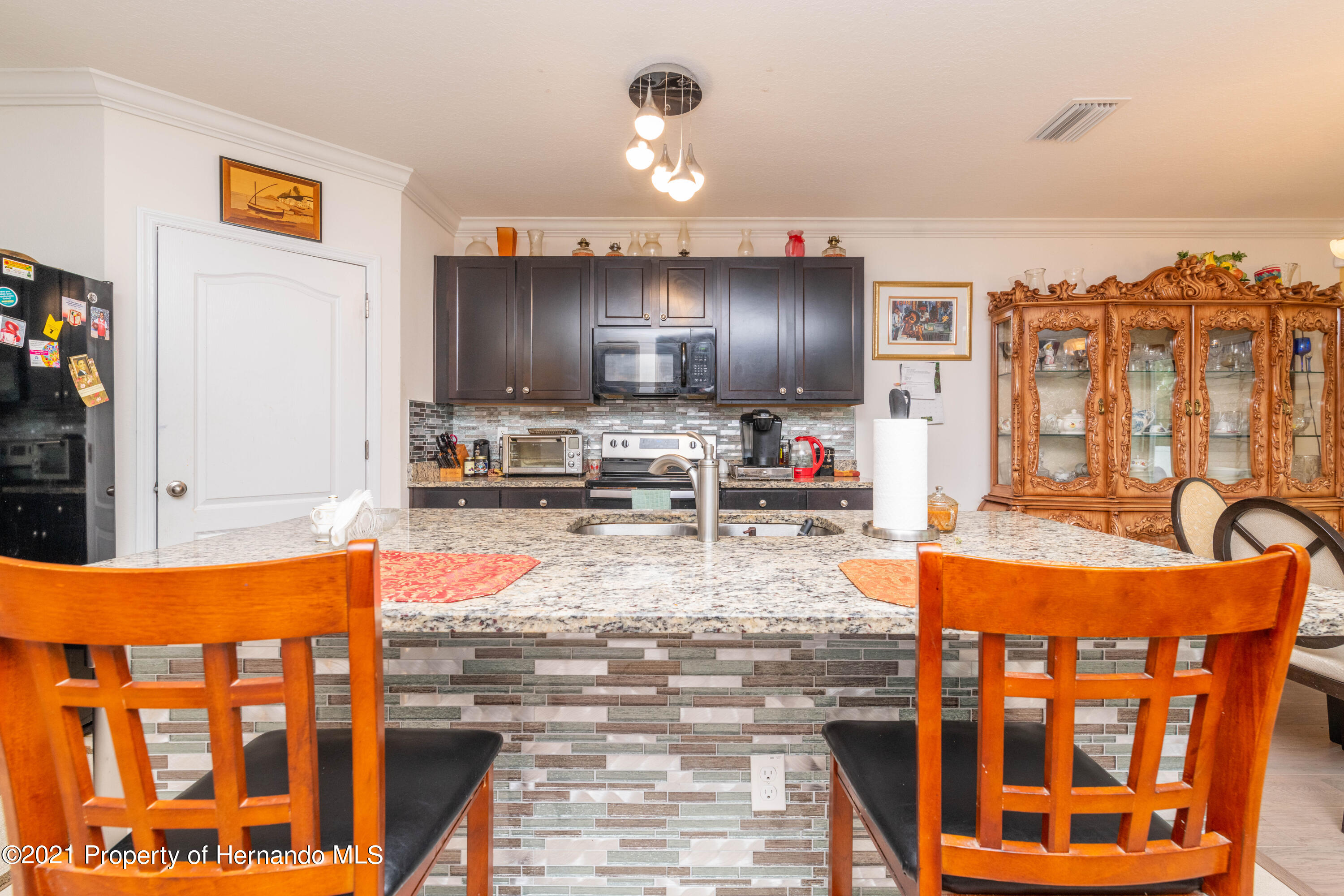 Listing photo id 7 for 13777 Covey Run Place