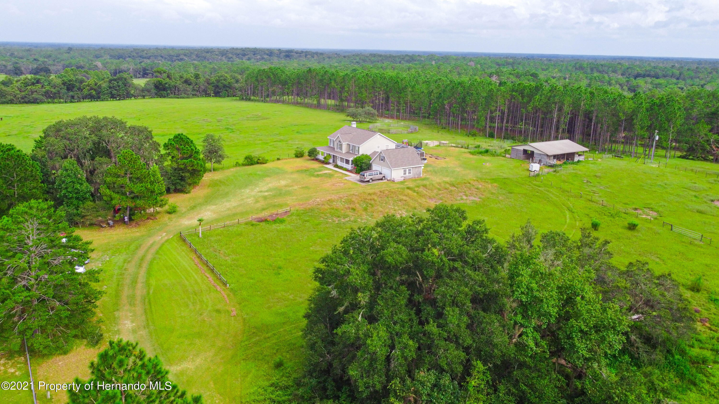 Listing photo id 44 for 13445 Majestic Point