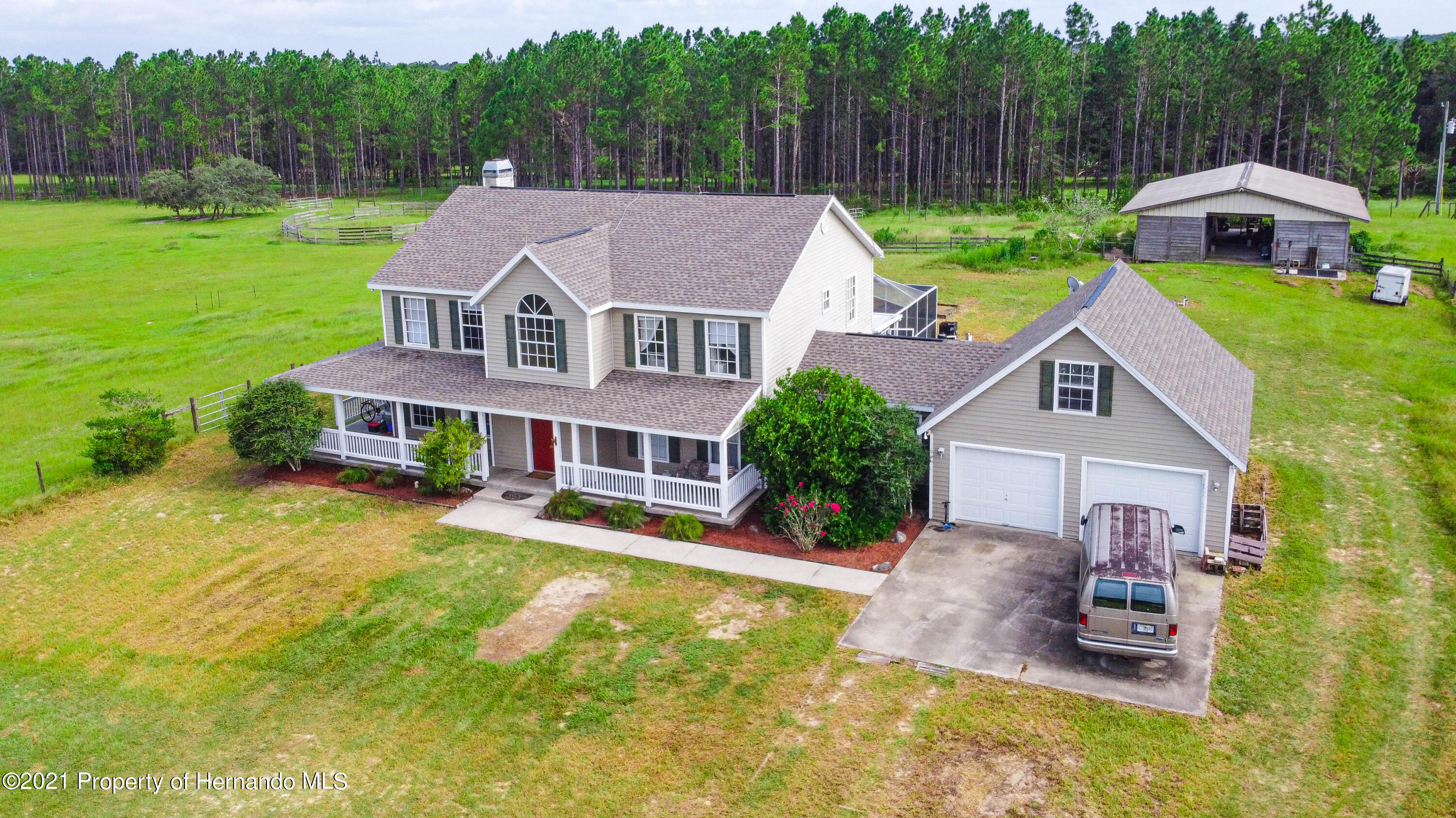 Listing photo id 47 for 13445 Majestic Point