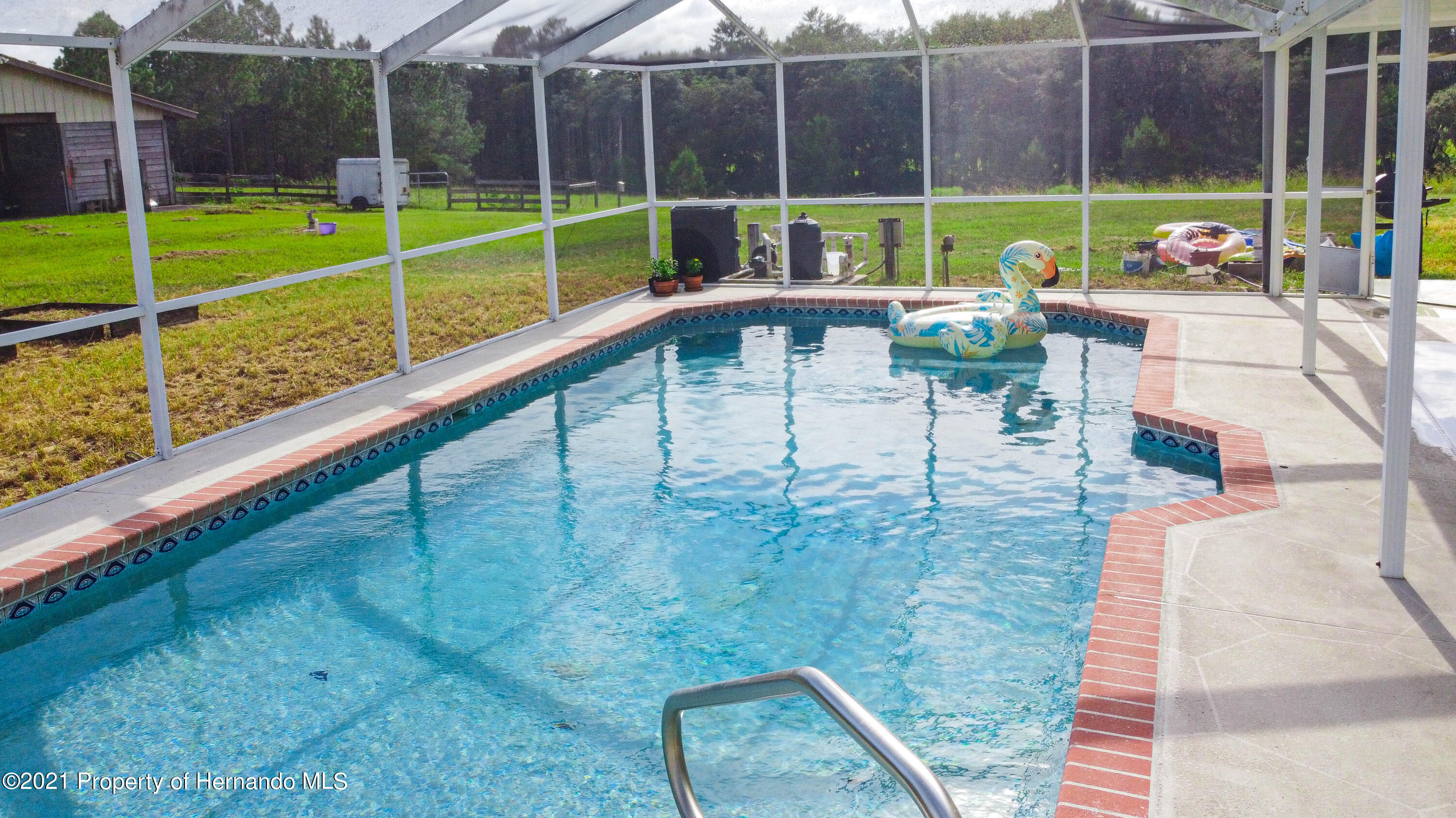Listing photo id 11 for 13445 Majestic Point