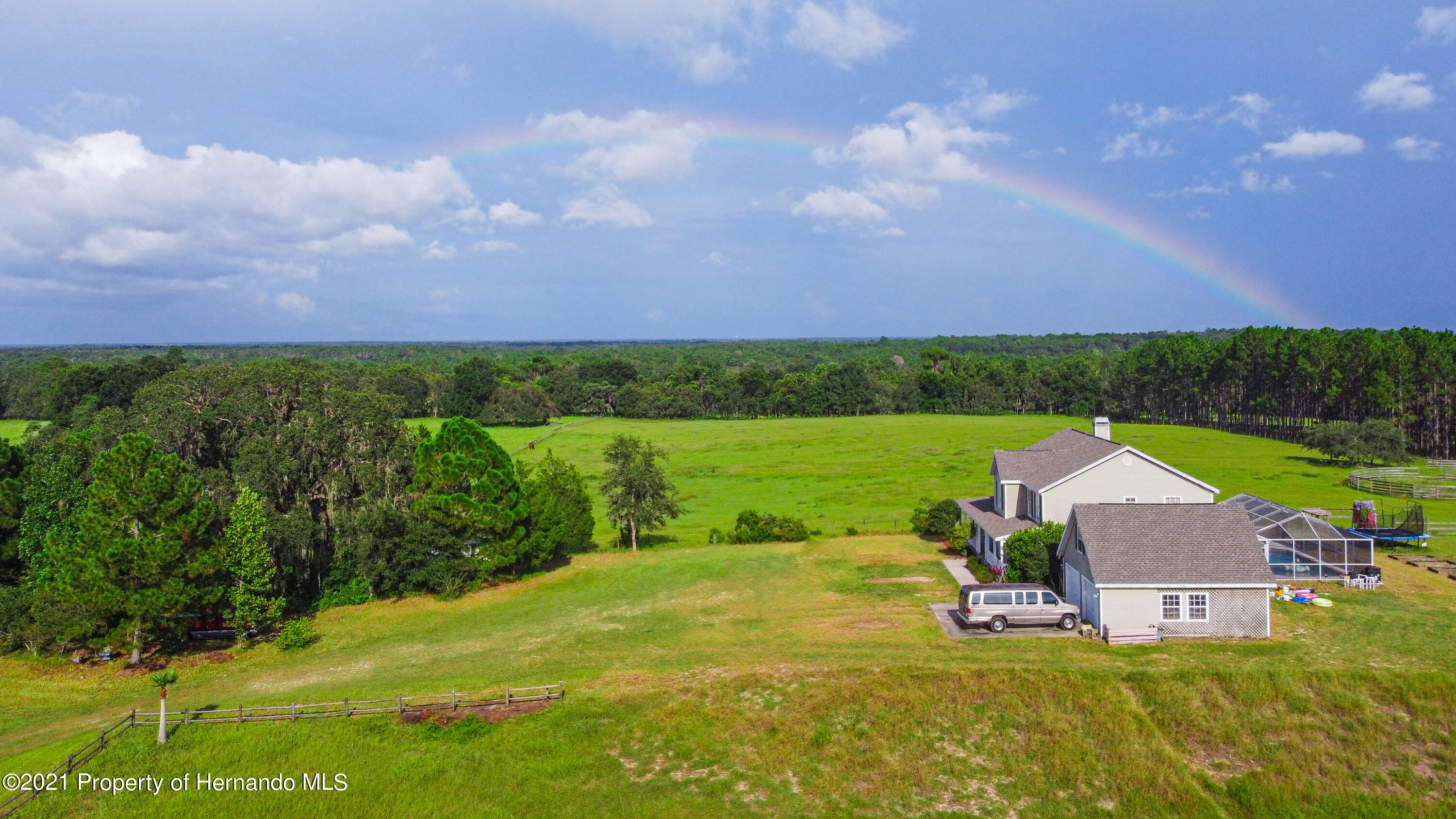 Listing photo id 51 for 13445 Majestic Point