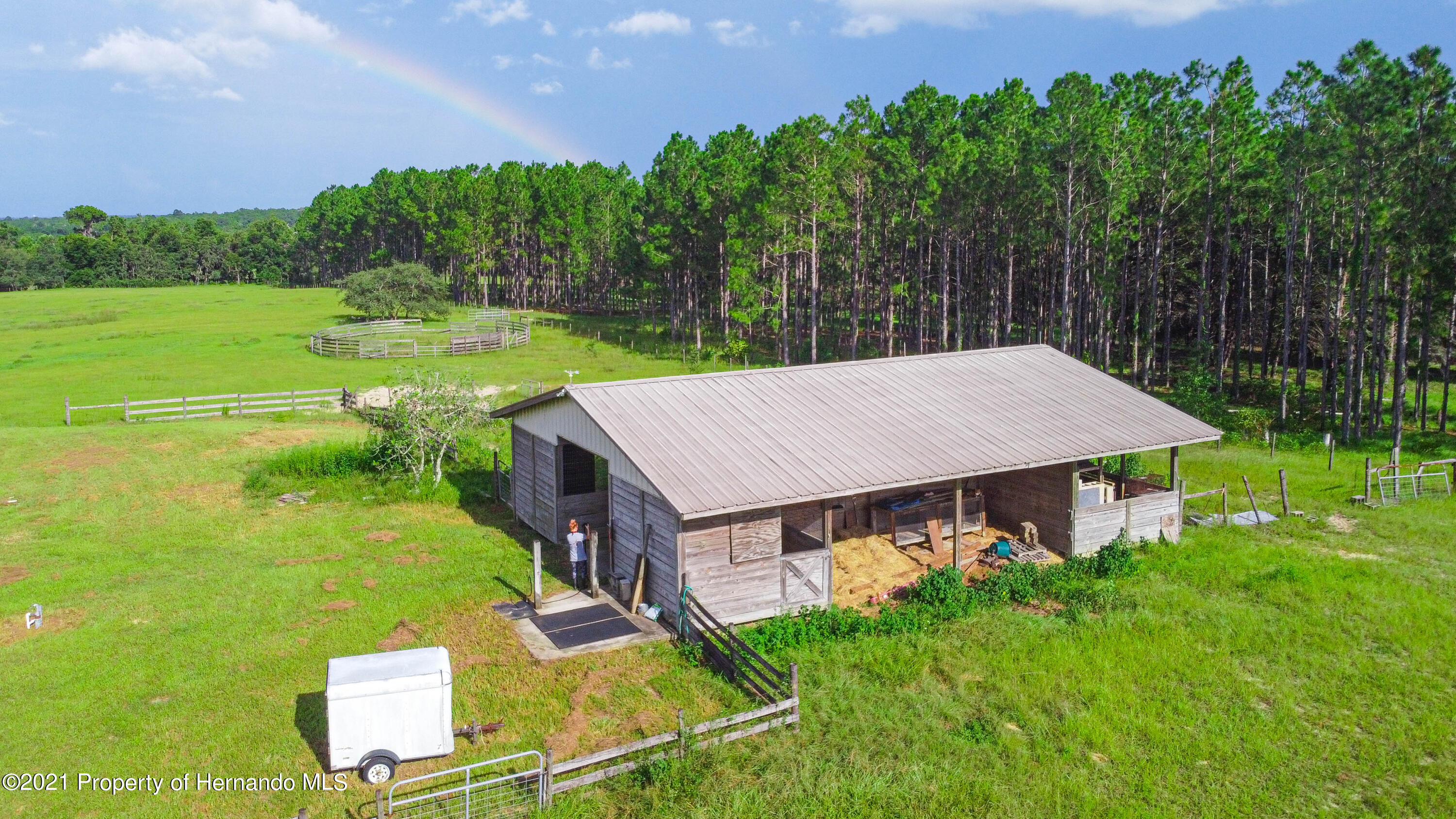 Listing photo id 53 for 13445 Majestic Point