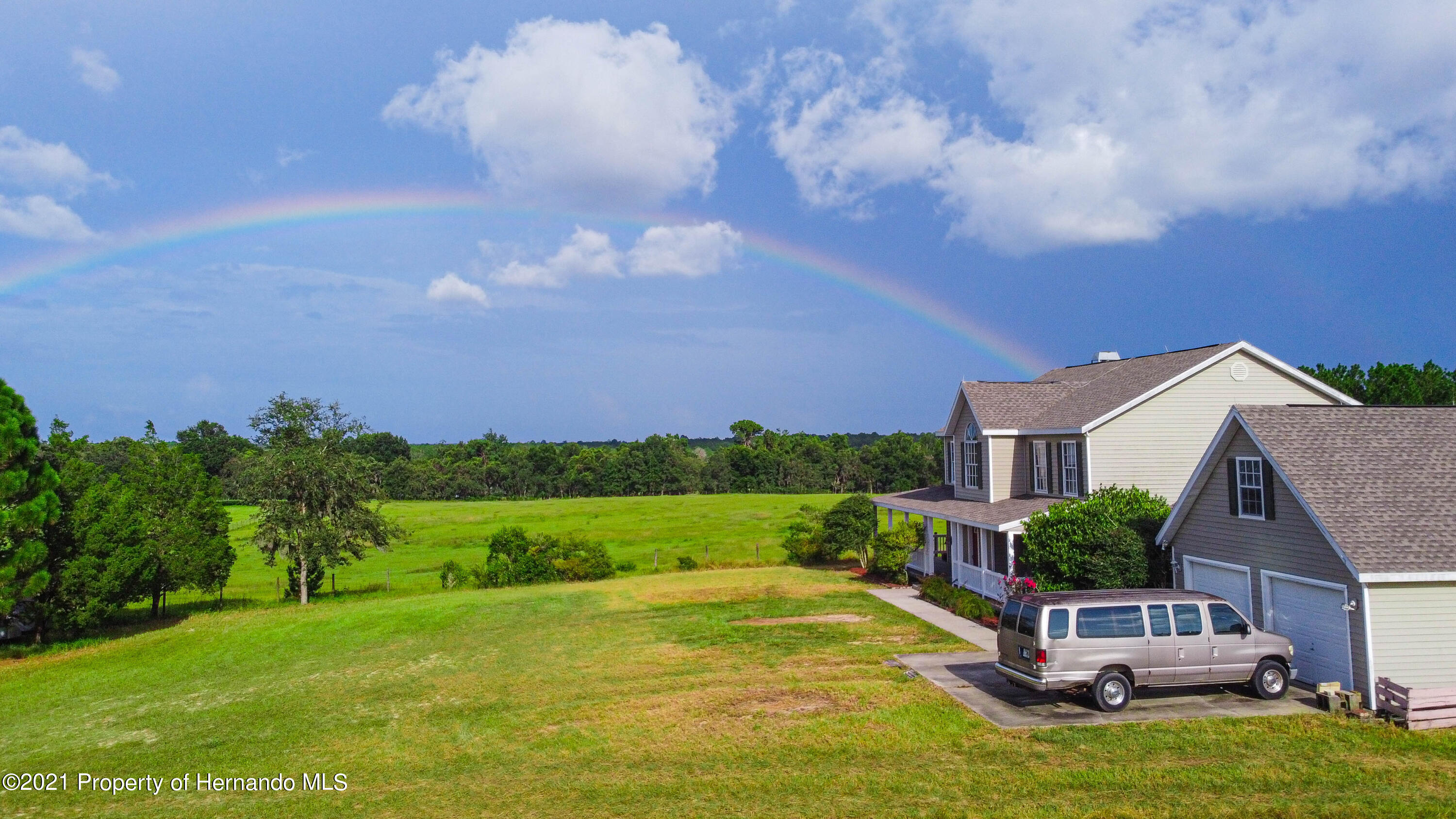 Listing photo id 63 for 13445 Majestic Point