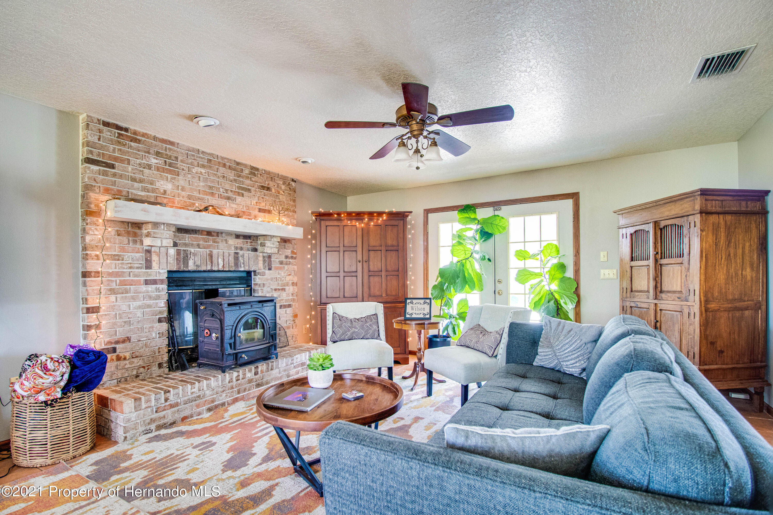 Listing photo id 14 for 13445 Majestic Point