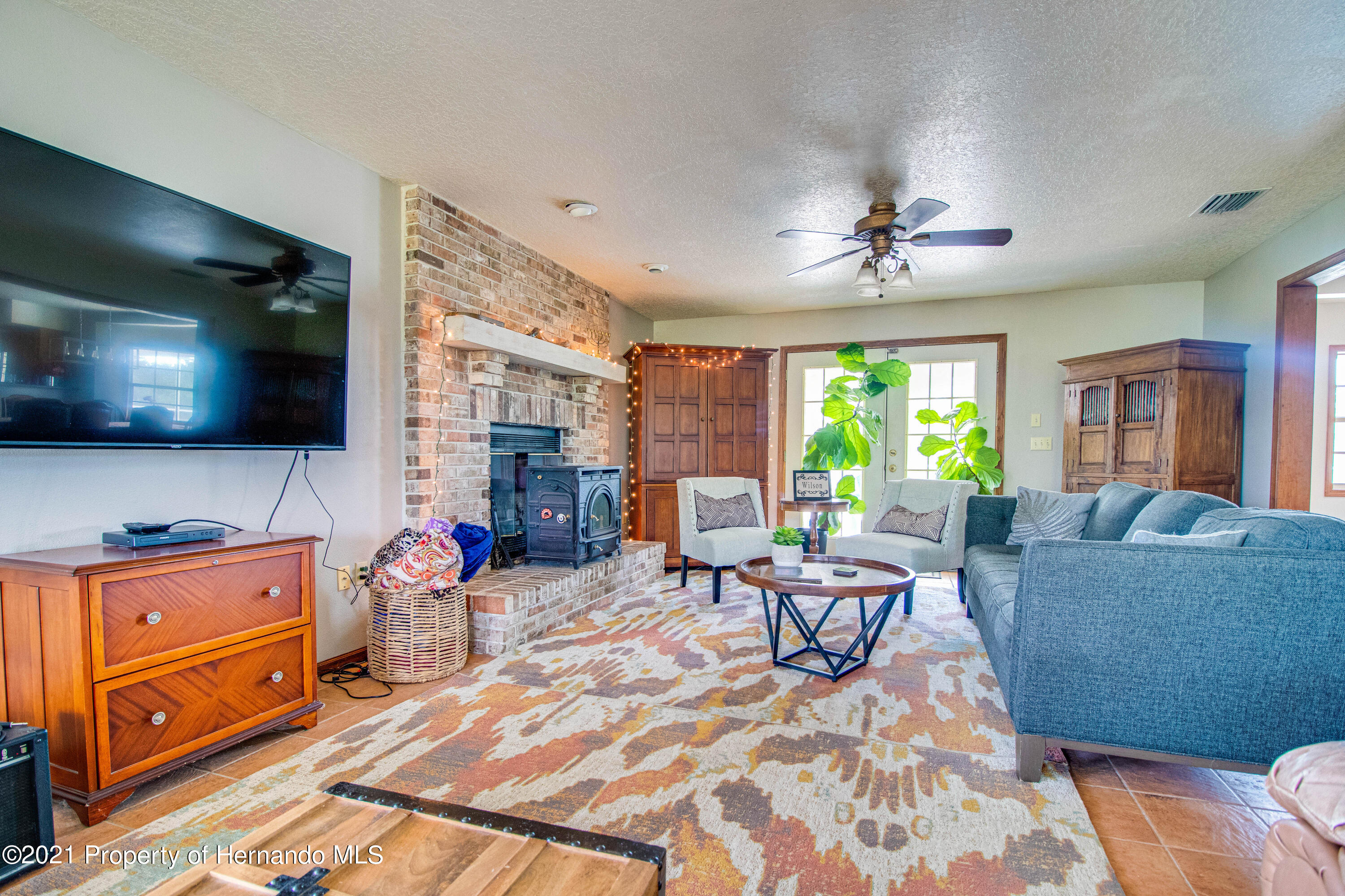 Listing photo id 15 for 13445 Majestic Point