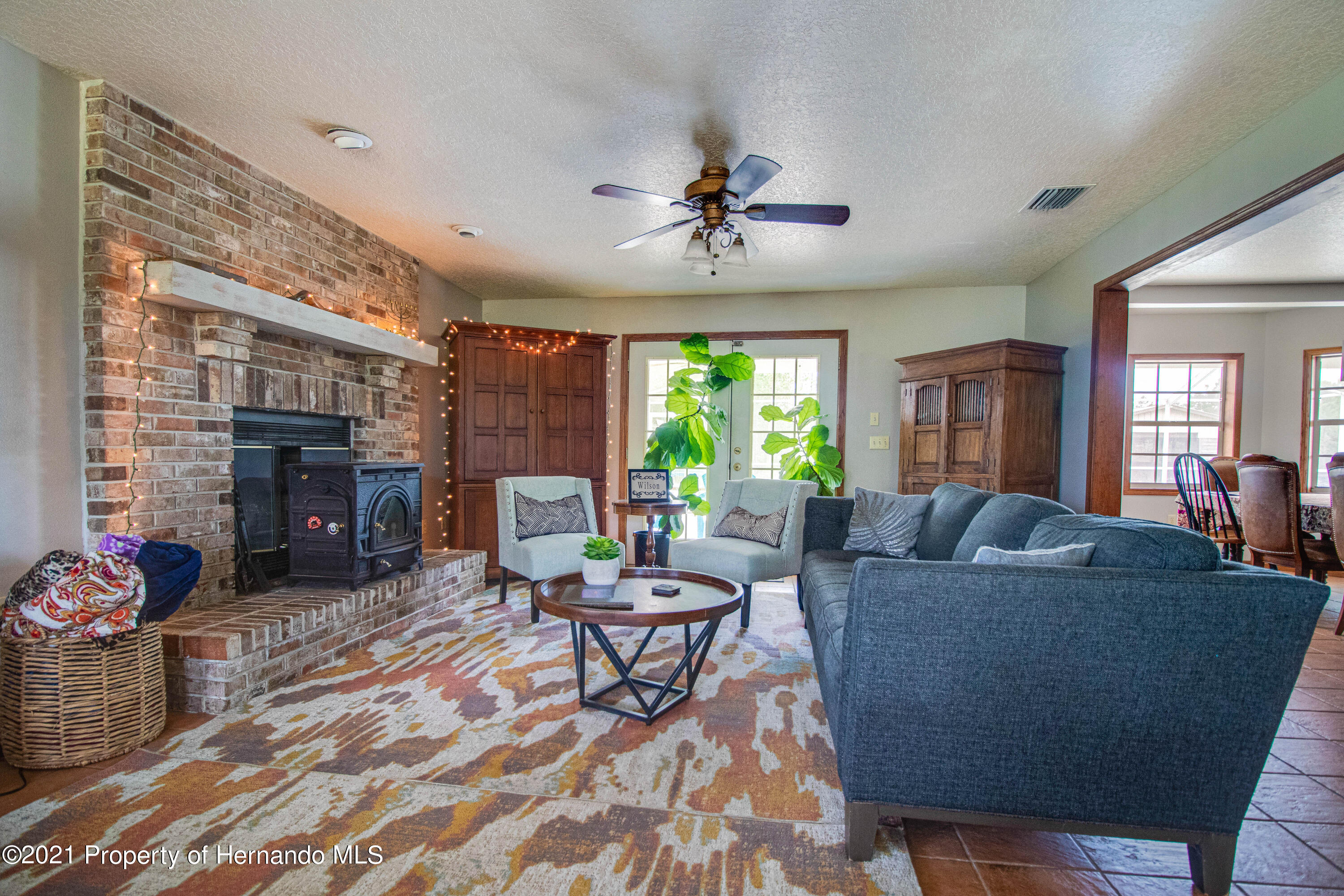 Listing photo id 16 for 13445 Majestic Point