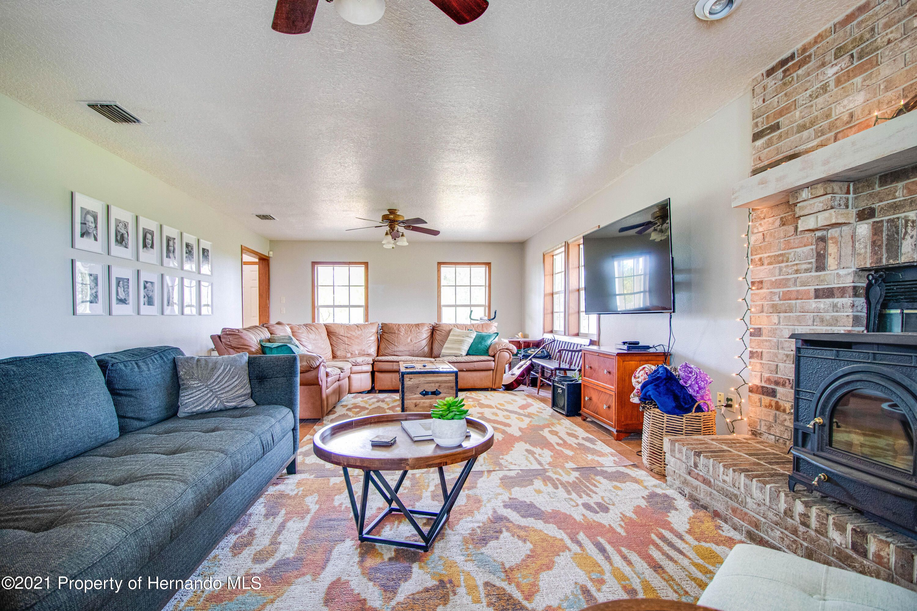 Listing photo id 18 for 13445 Majestic Point