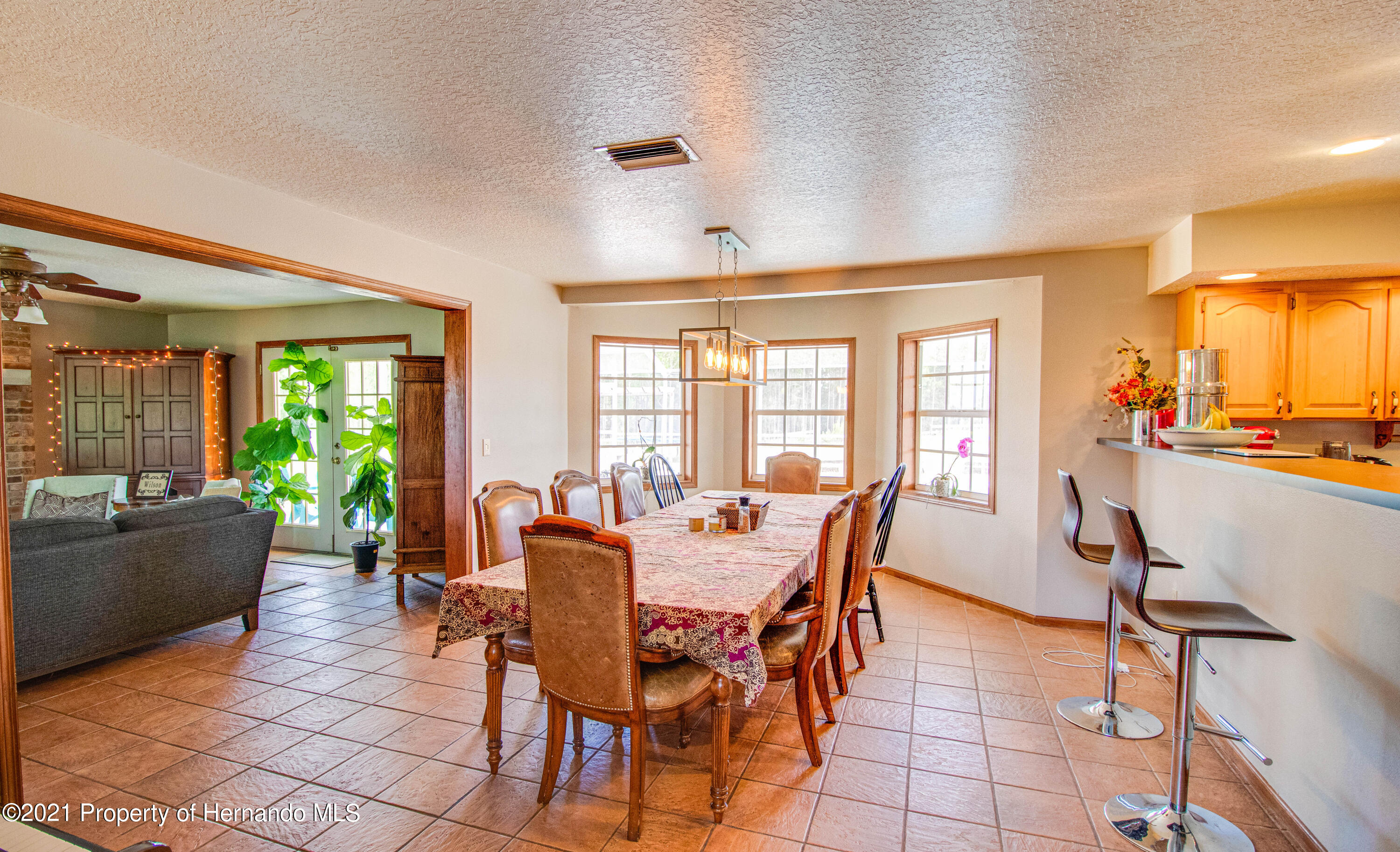 Listing photo id 20 for 13445 Majestic Point