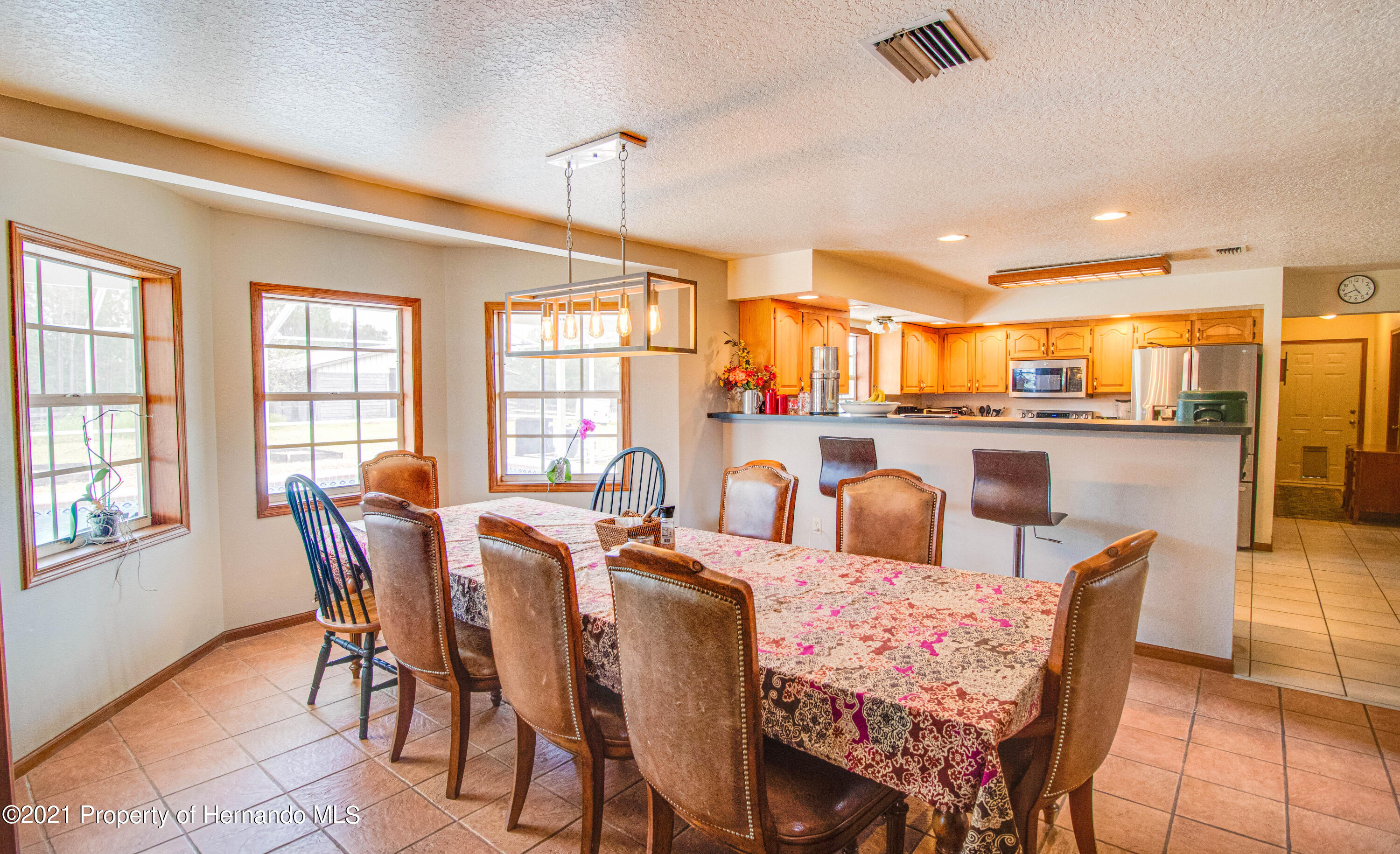 Listing photo id 21 for 13445 Majestic Point