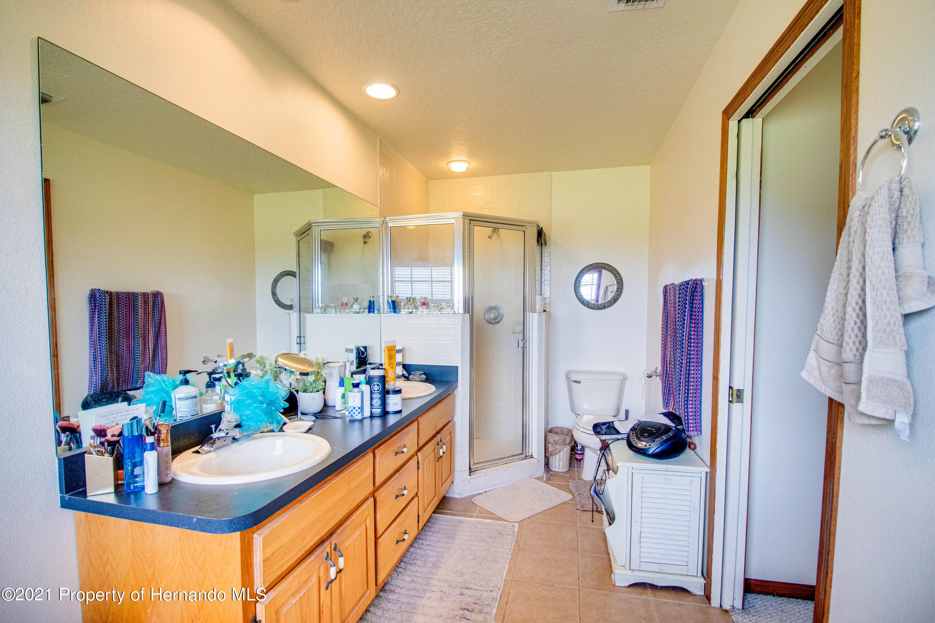 Listing photo id 31 for 13445 Majestic Point