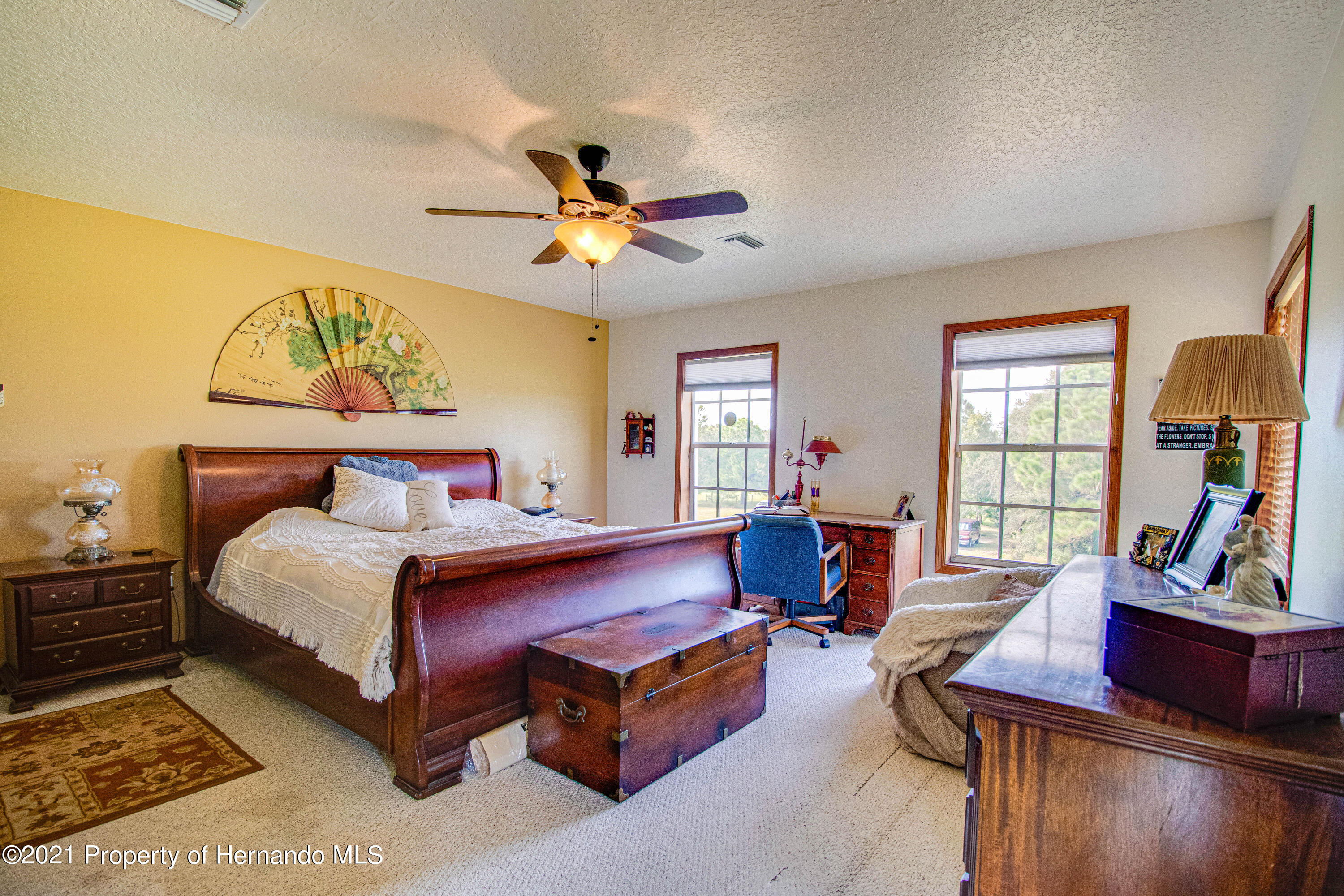 Listing photo id 25 for 13445 Majestic Point