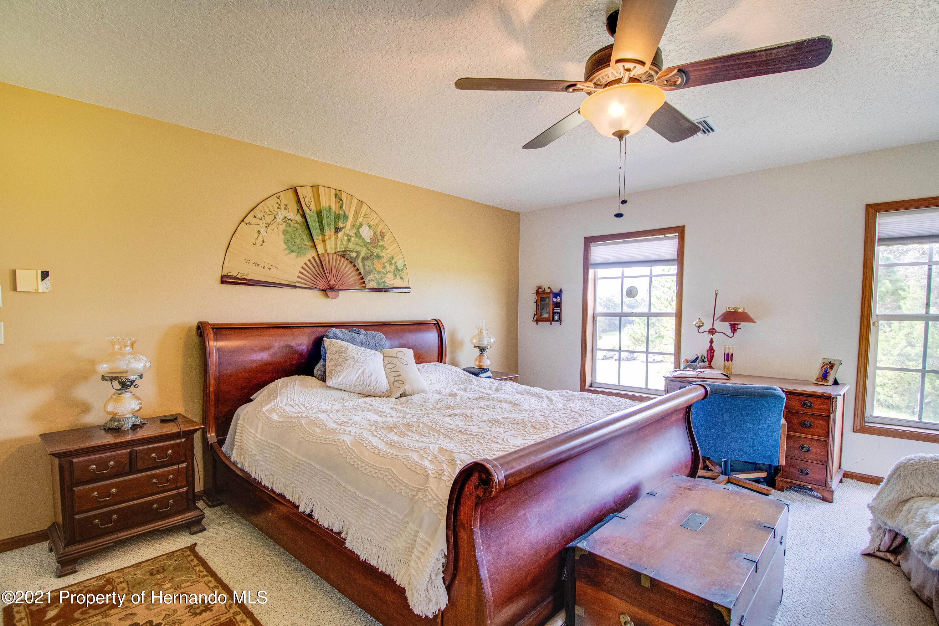 Listing photo id 27 for 13445 Majestic Point