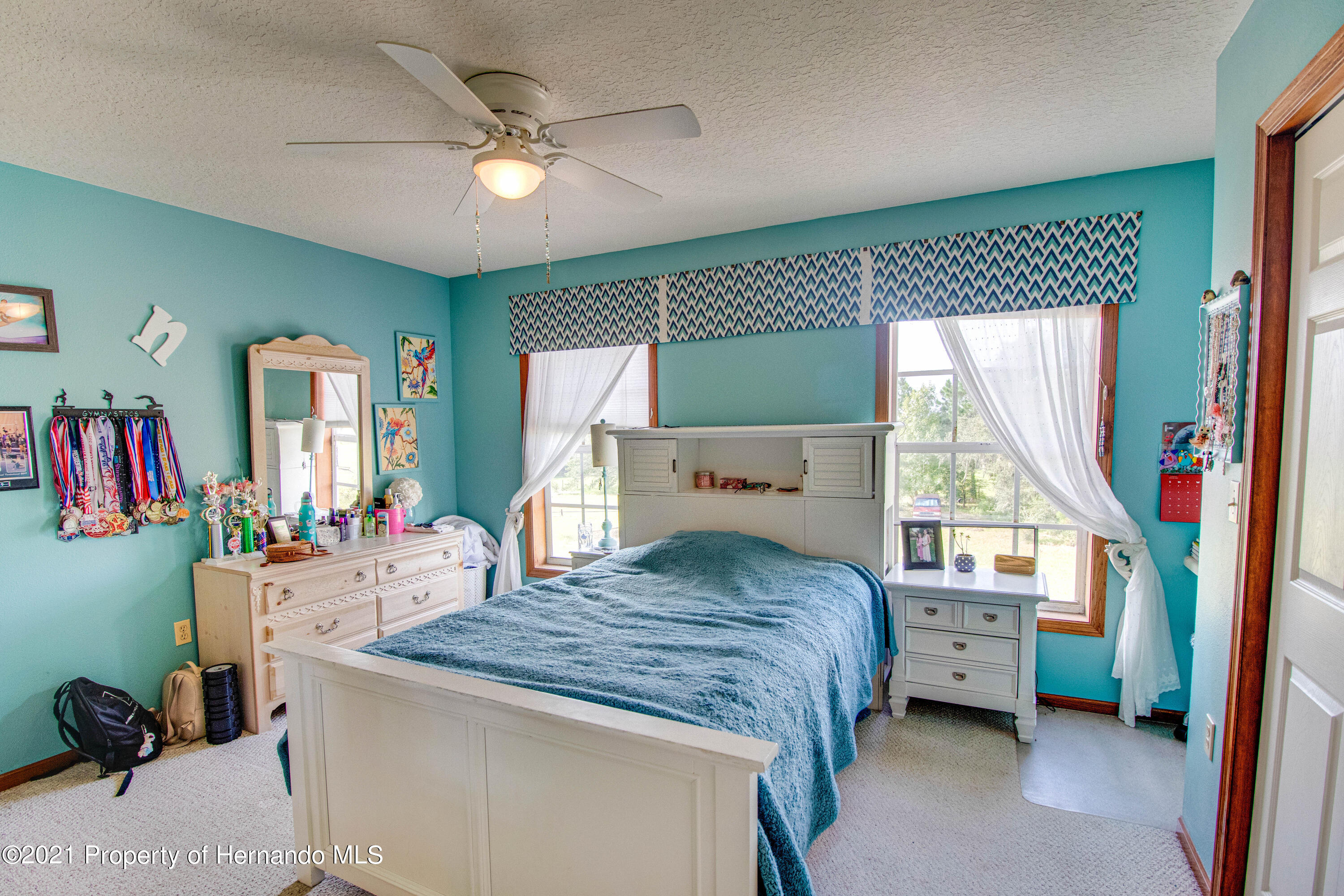 Listing photo id 36 for 13445 Majestic Point