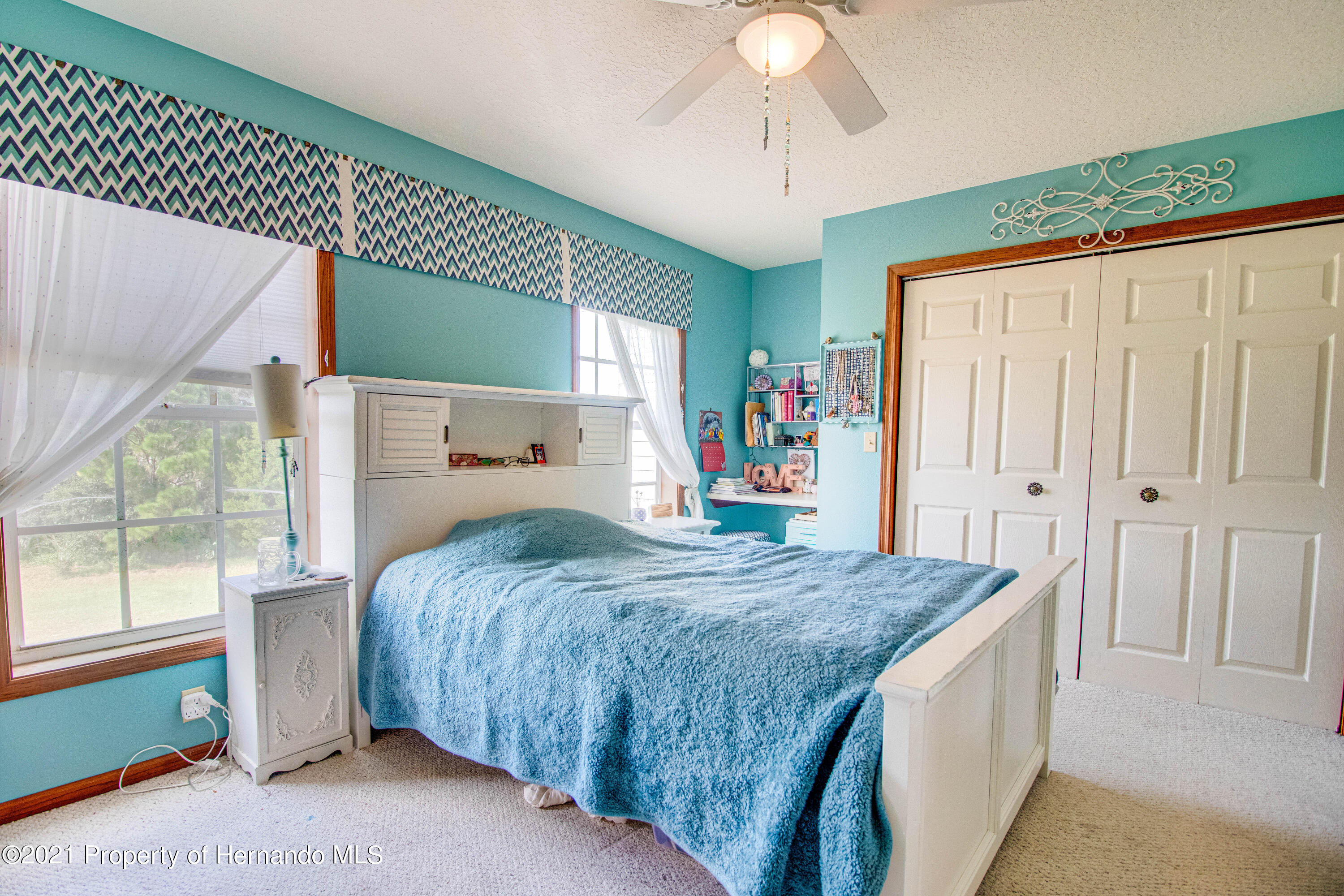 Listing photo id 38 for 13445 Majestic Point