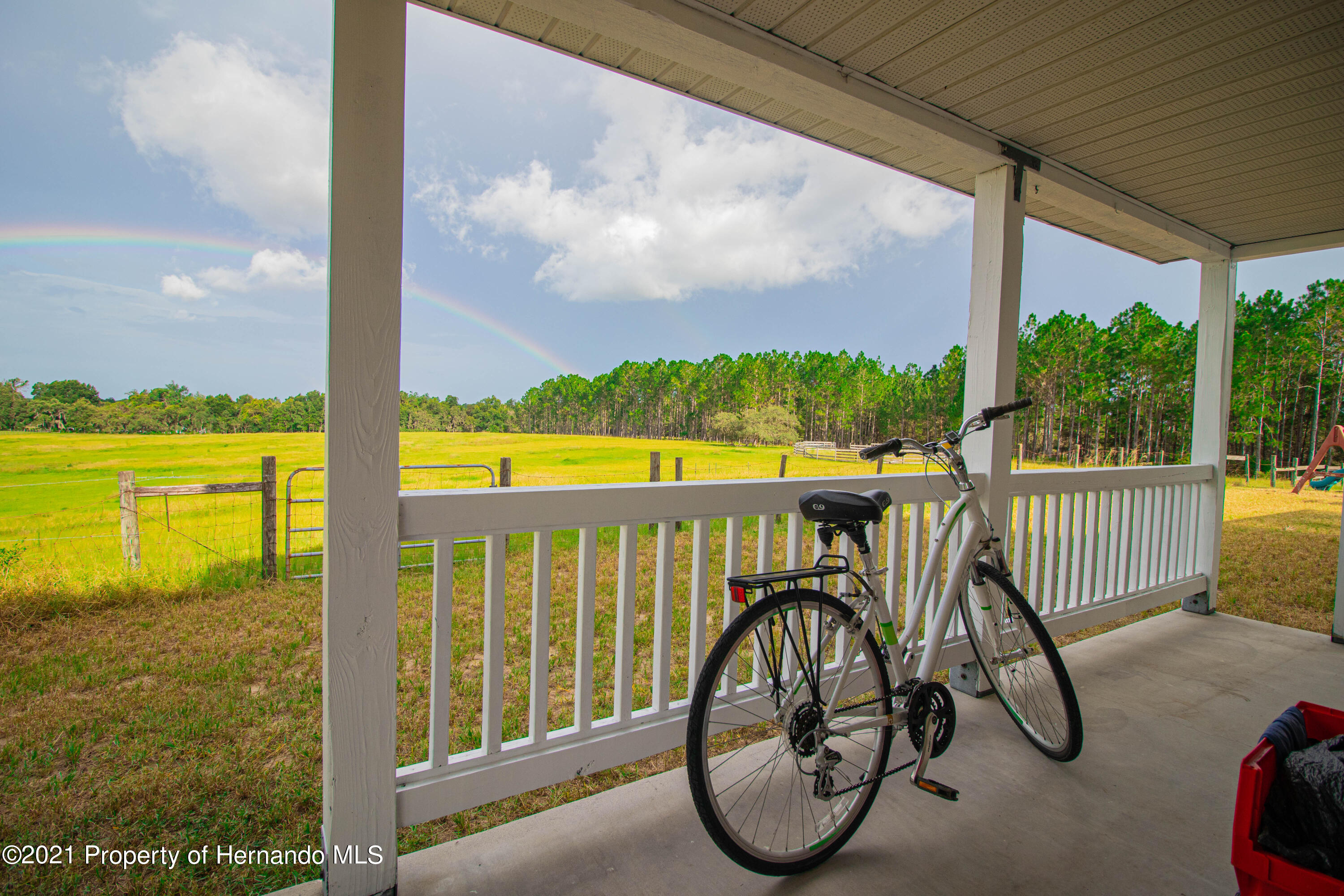 Listing photo id 68 for 13445 Majestic Point