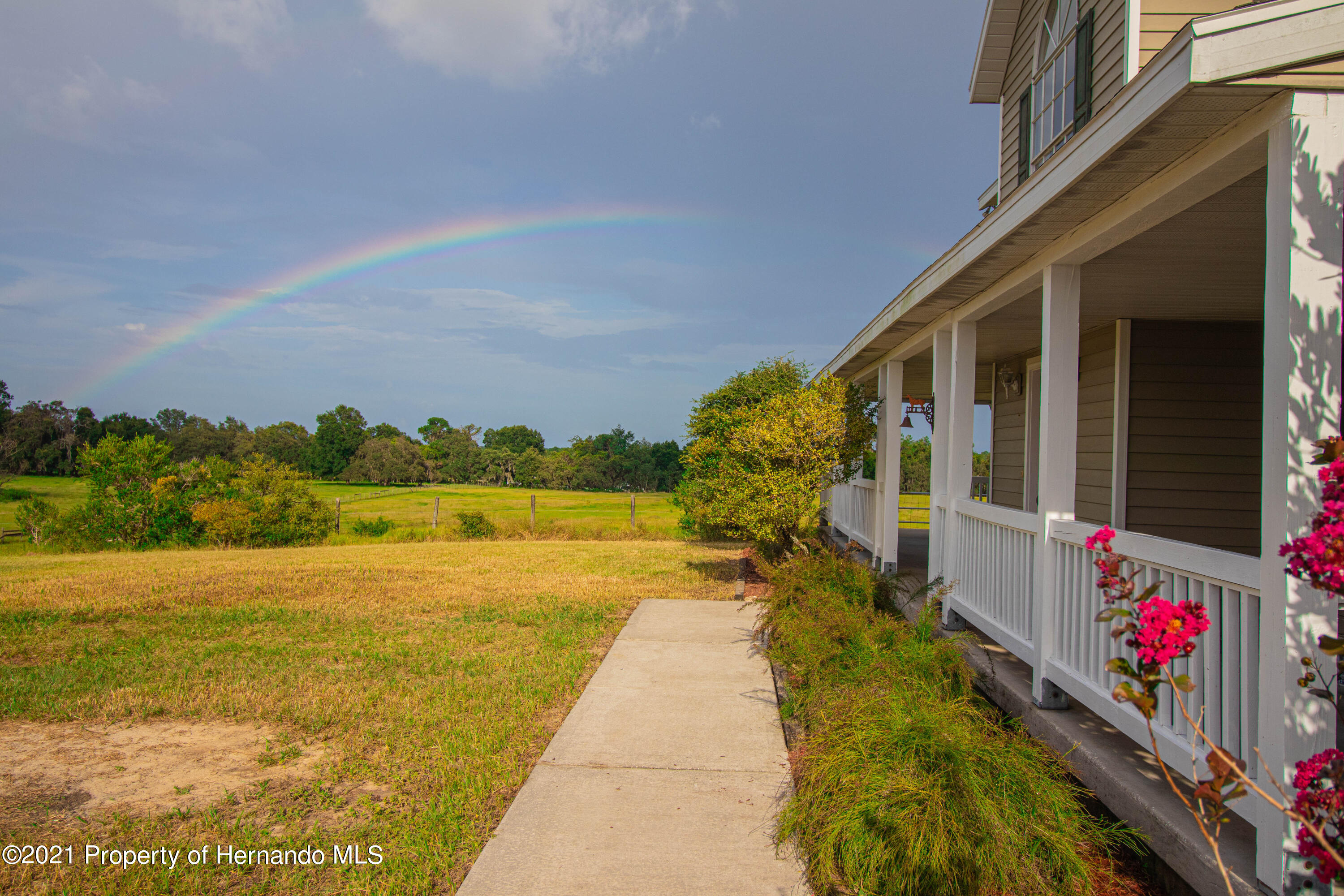 Listing photo id 69 for 13445 Majestic Point