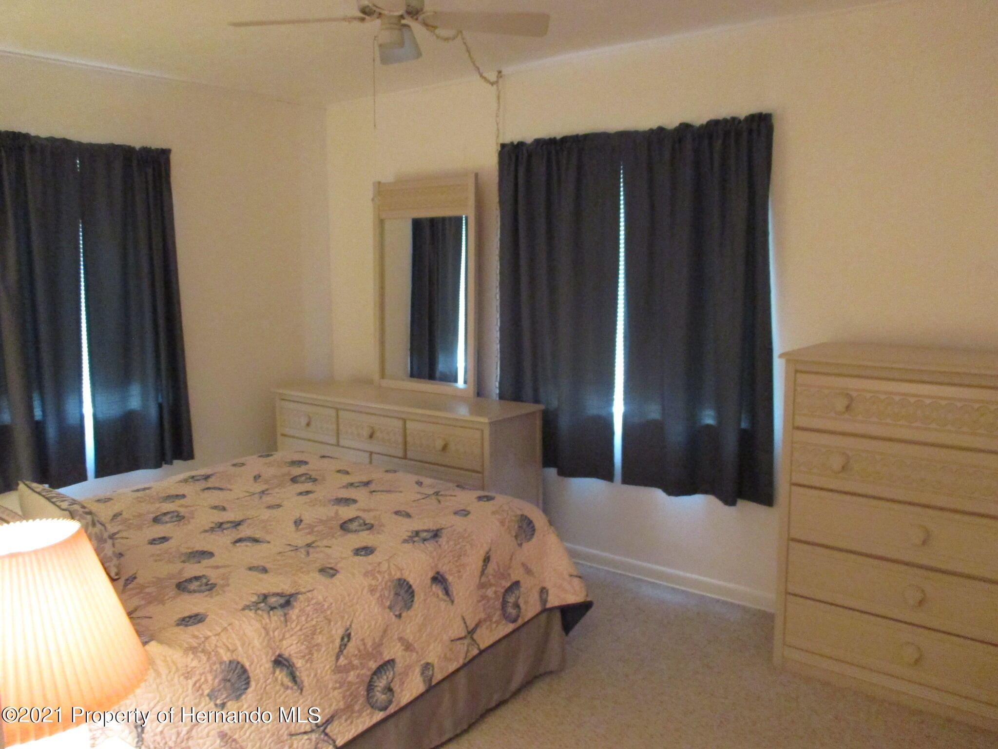 Listing photo id 24 for 6224 Kelvin Court