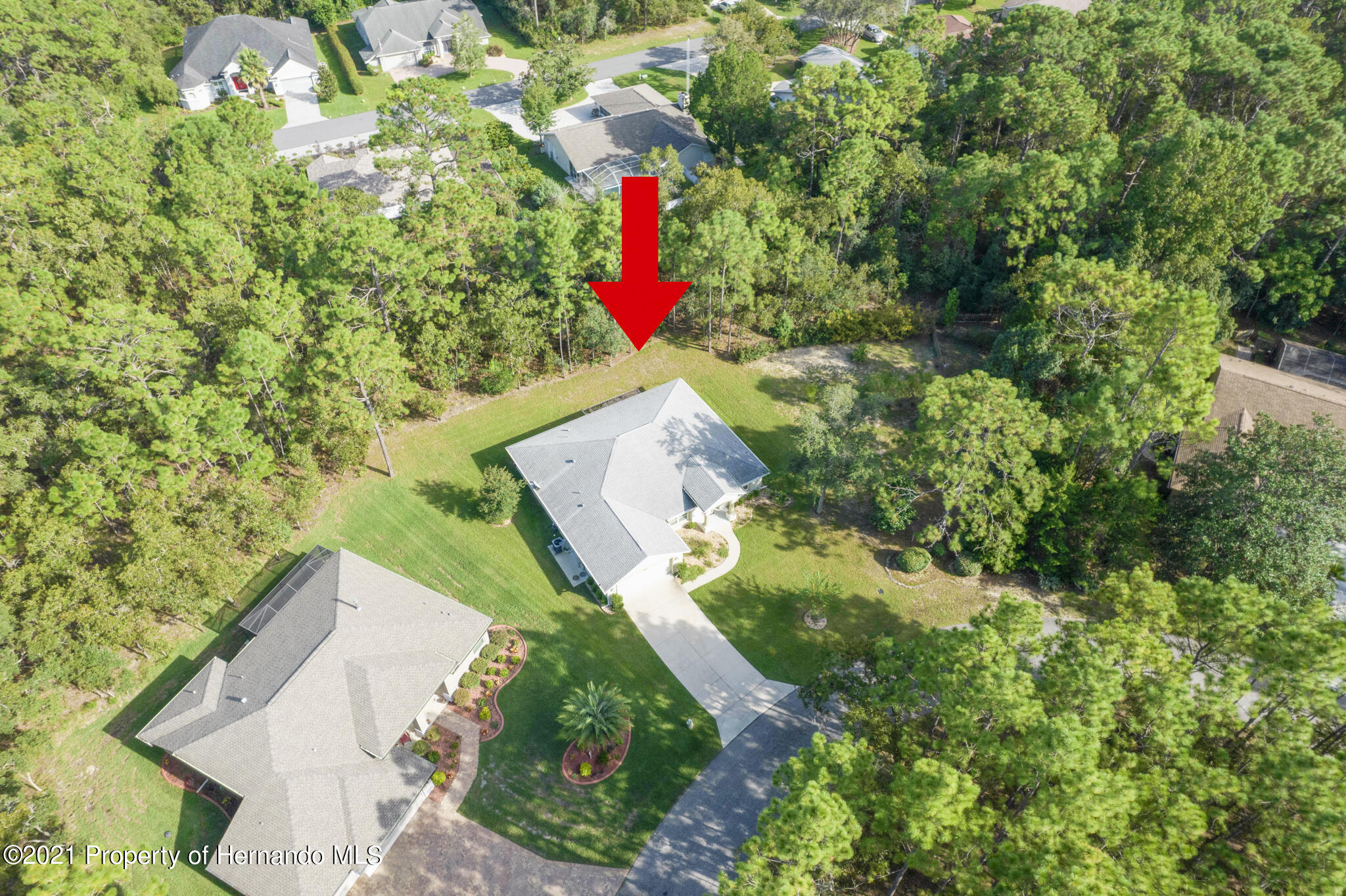 Listing photo id 2 for 13 Twinberry Court